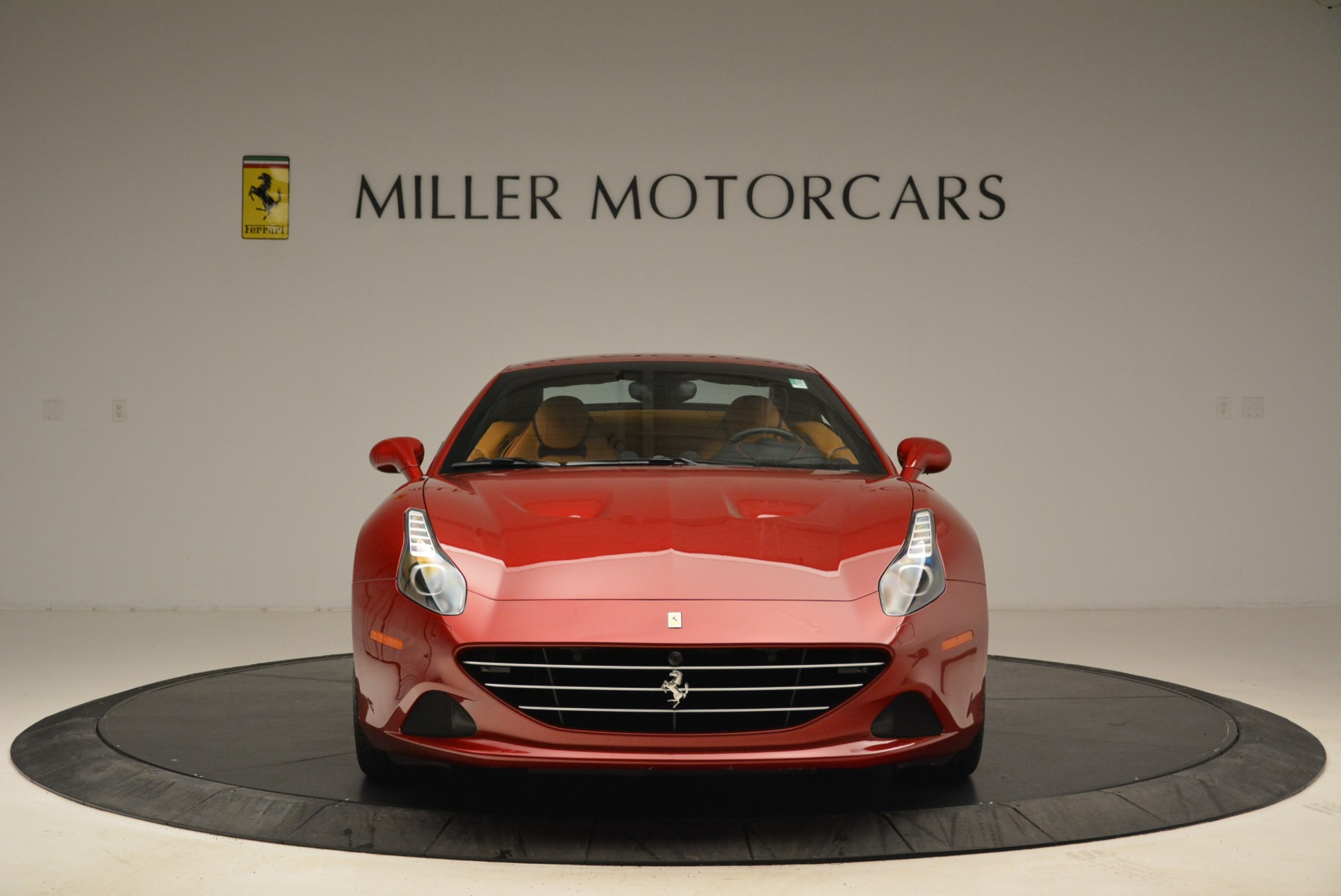 Used 2015 Ferrari California T  For Sale In Westport, CT 2033_p24