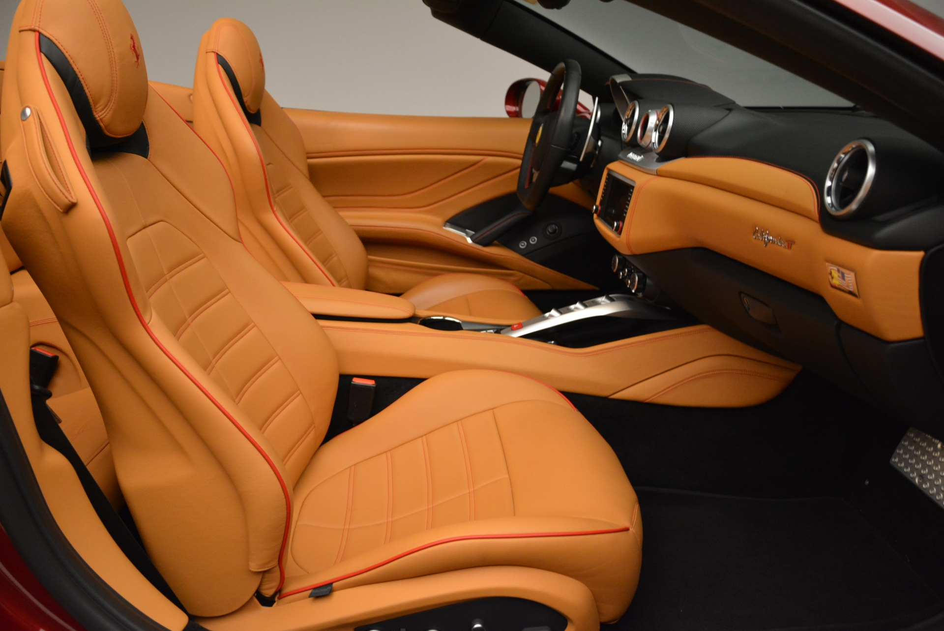 Used 2015 Ferrari California T  For Sale In Westport, CT 2033_p31