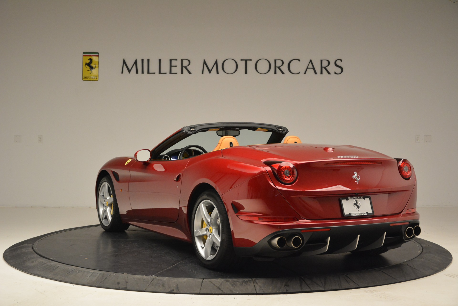 Used 2015 Ferrari California T  For Sale In Westport, CT 2033_p5