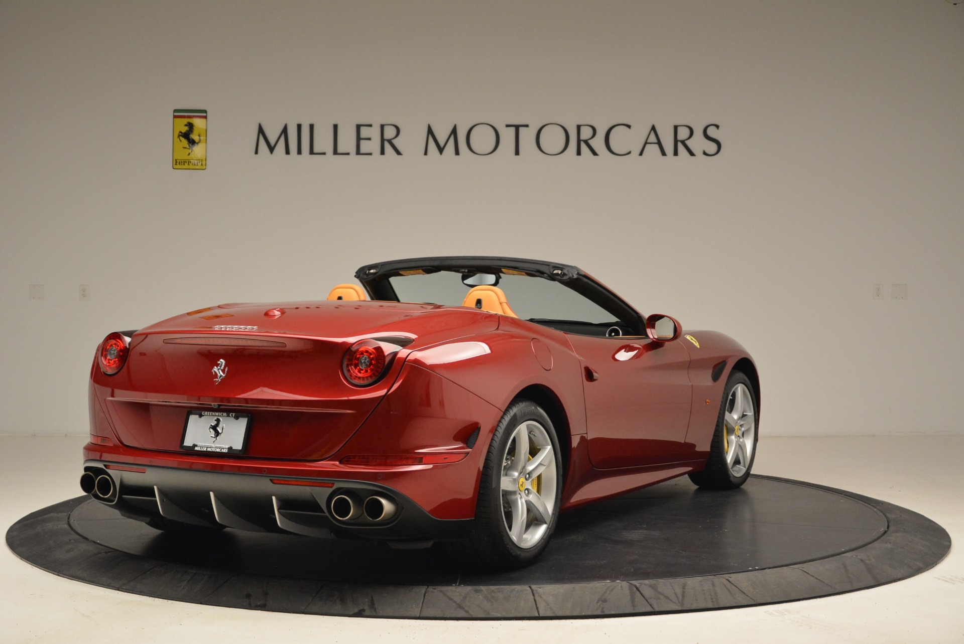Used 2015 Ferrari California T  For Sale In Westport, CT 2033_p7