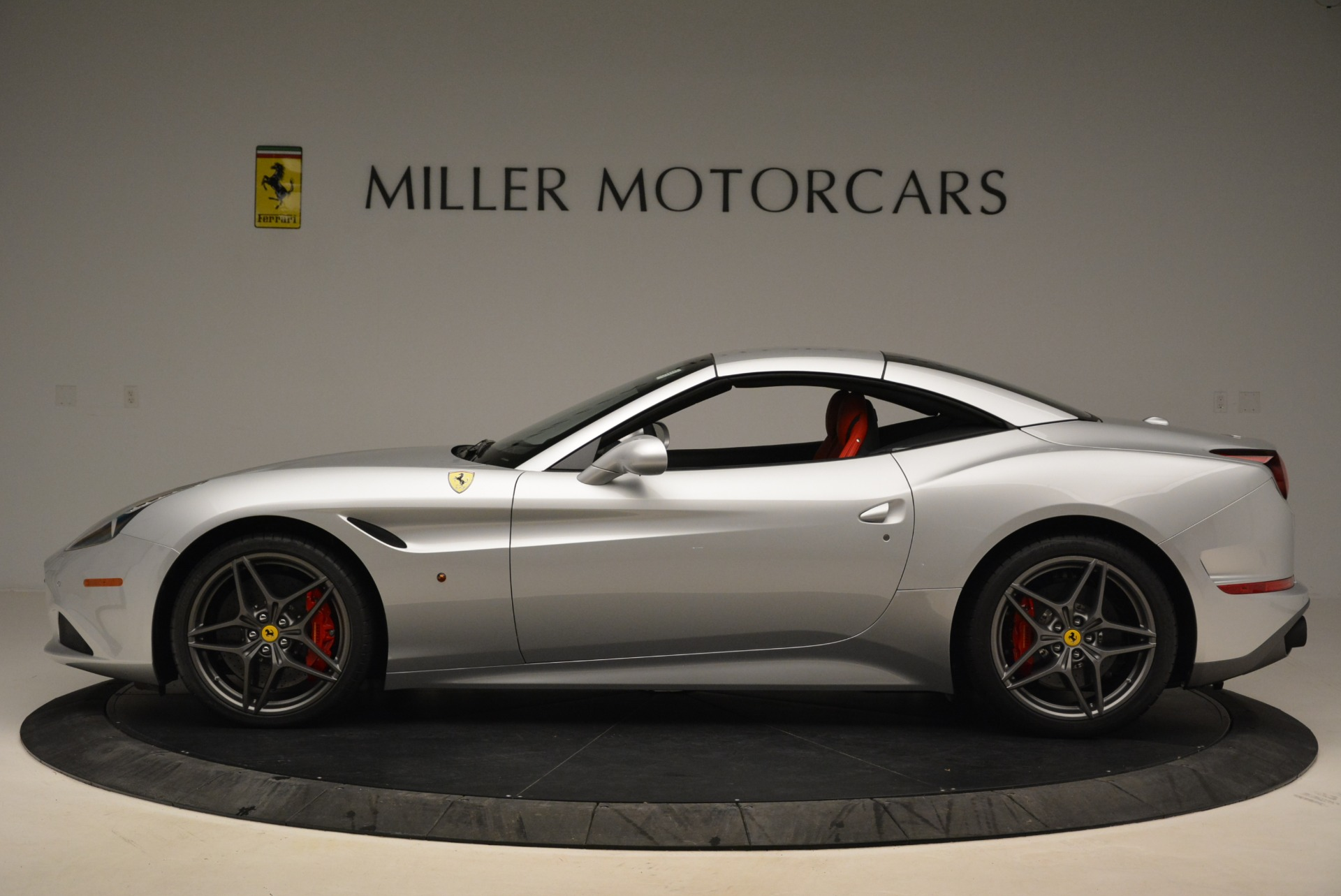 Used 2017 Ferrari California T Handling Speciale For Sale In Westport, CT 2037_p15