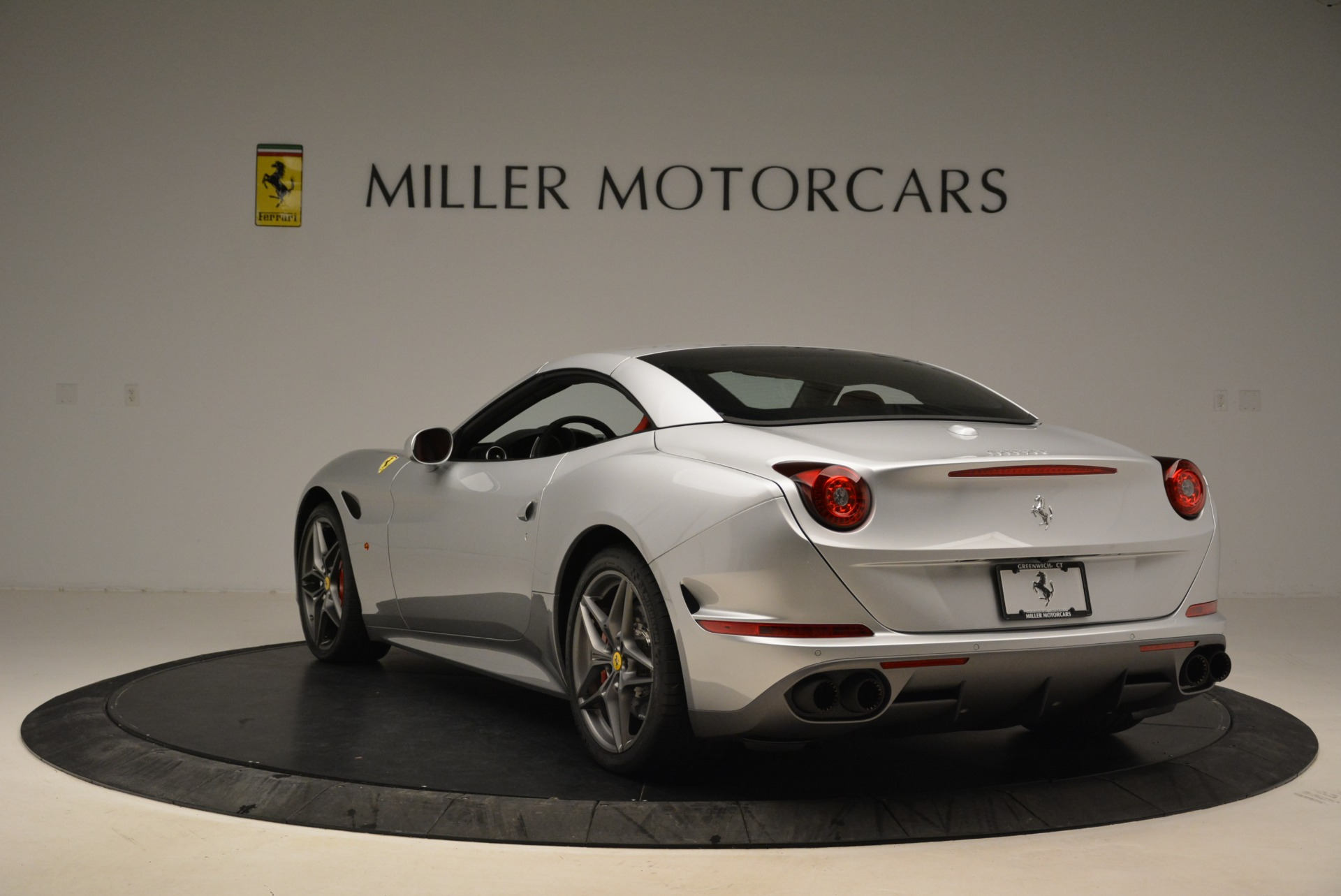 Used 2017 Ferrari California T Handling Speciale For Sale In Westport, CT 2037_p17