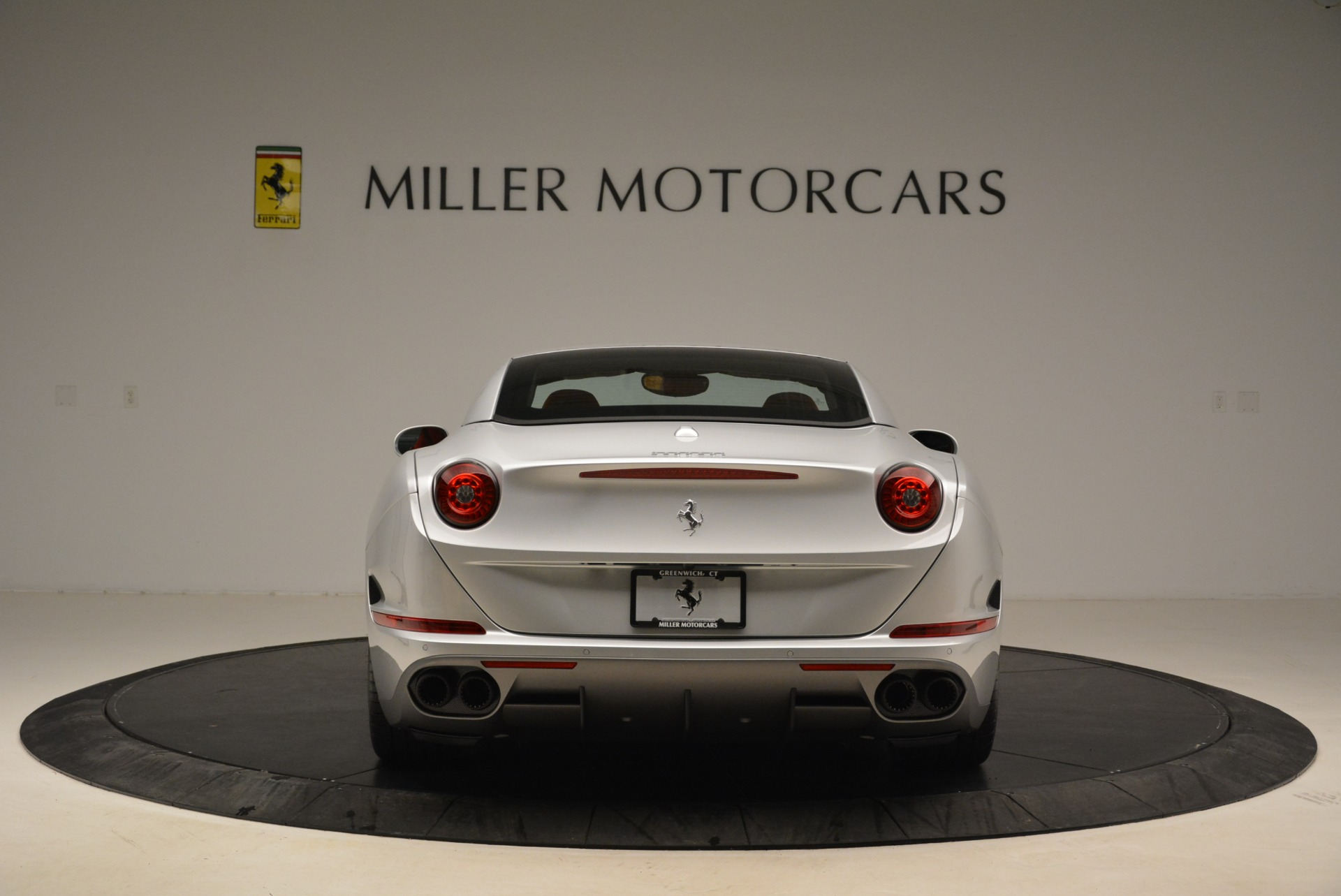 Used 2017 Ferrari California T Handling Speciale For Sale In Westport, CT 2037_p18