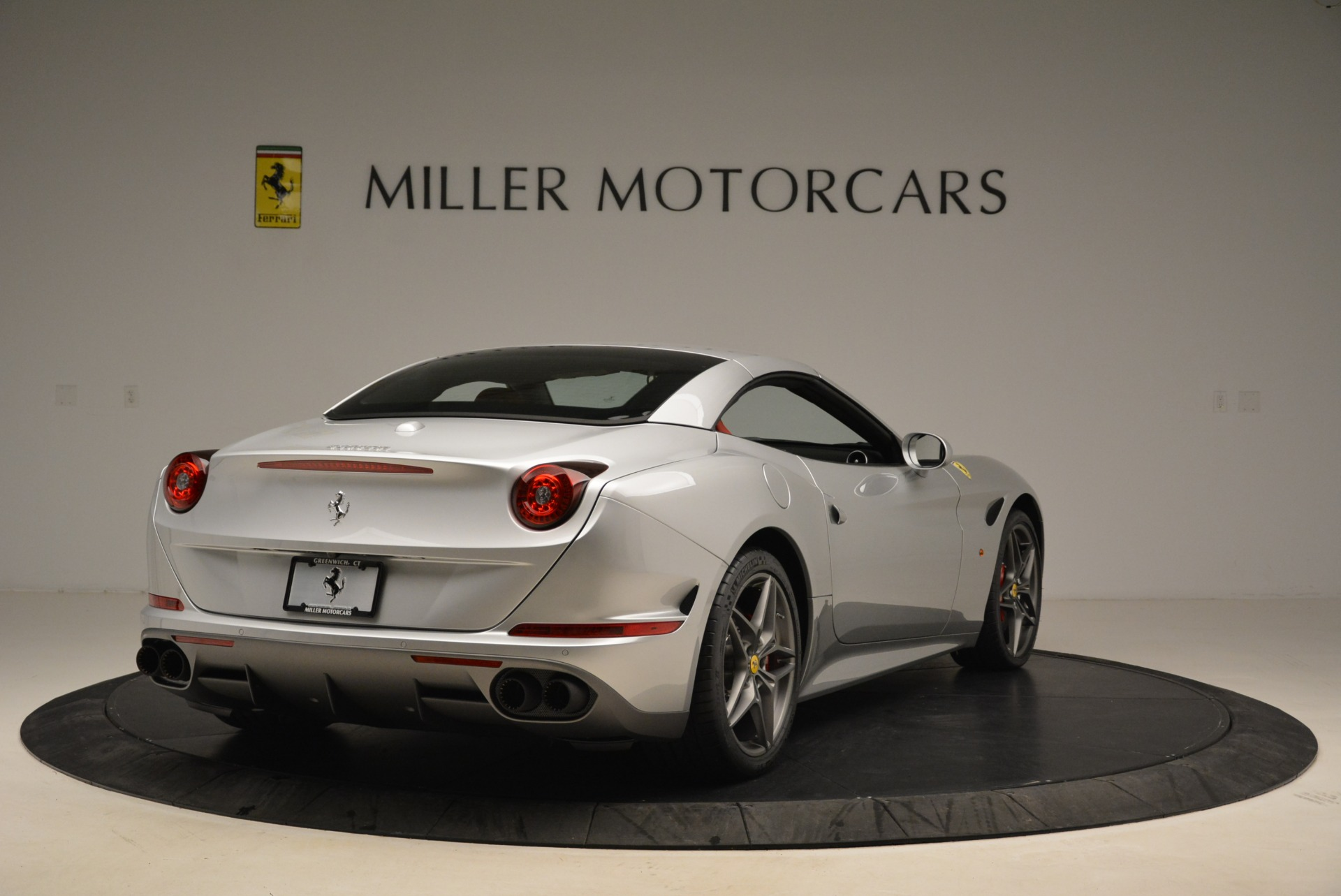 Used 2017 Ferrari California T Handling Speciale For Sale In Westport, CT 2037_p19