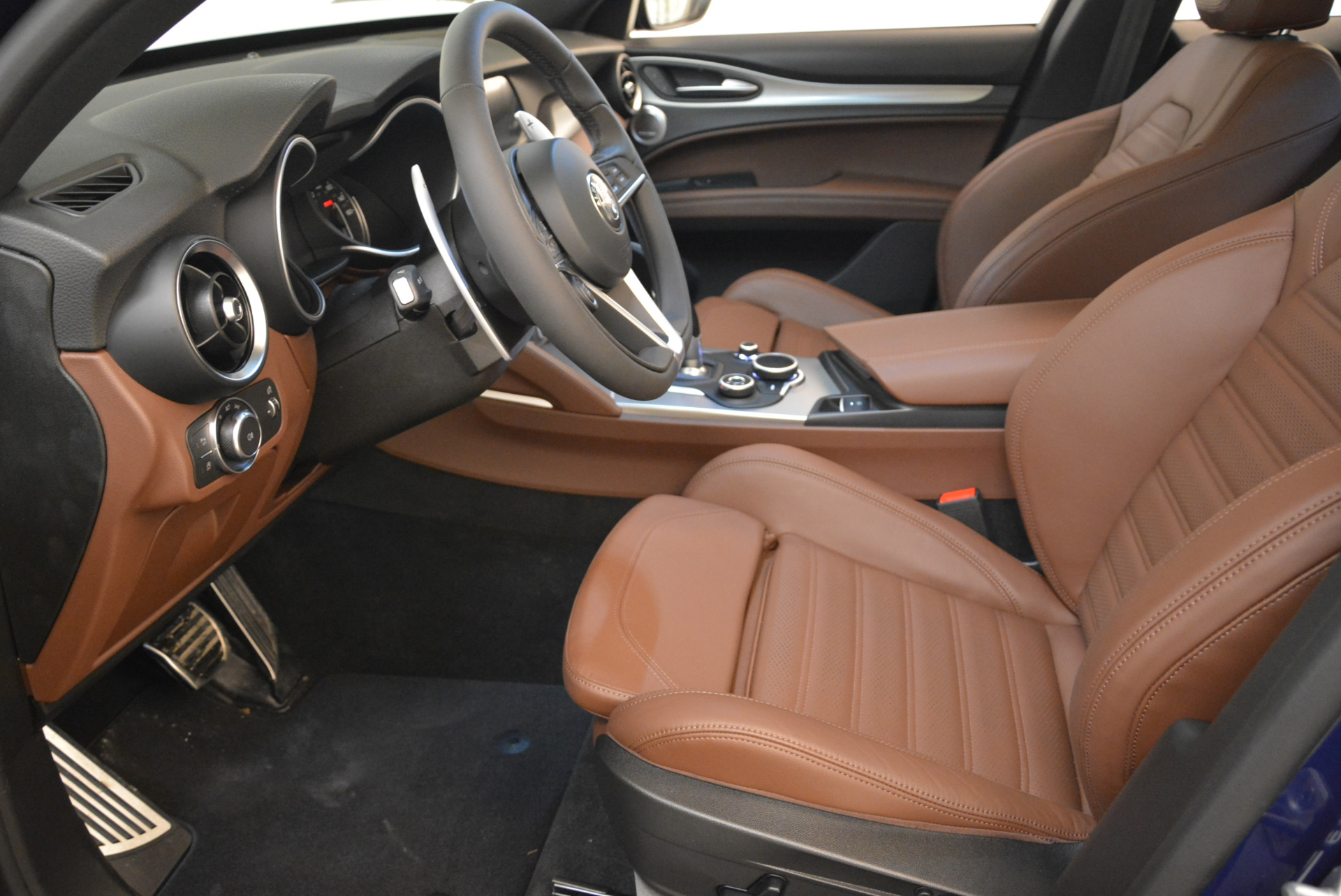 New 2018 Alfa Romeo Stelvio Ti Sport Q4 For Sale In Westport, CT 2042_p14
