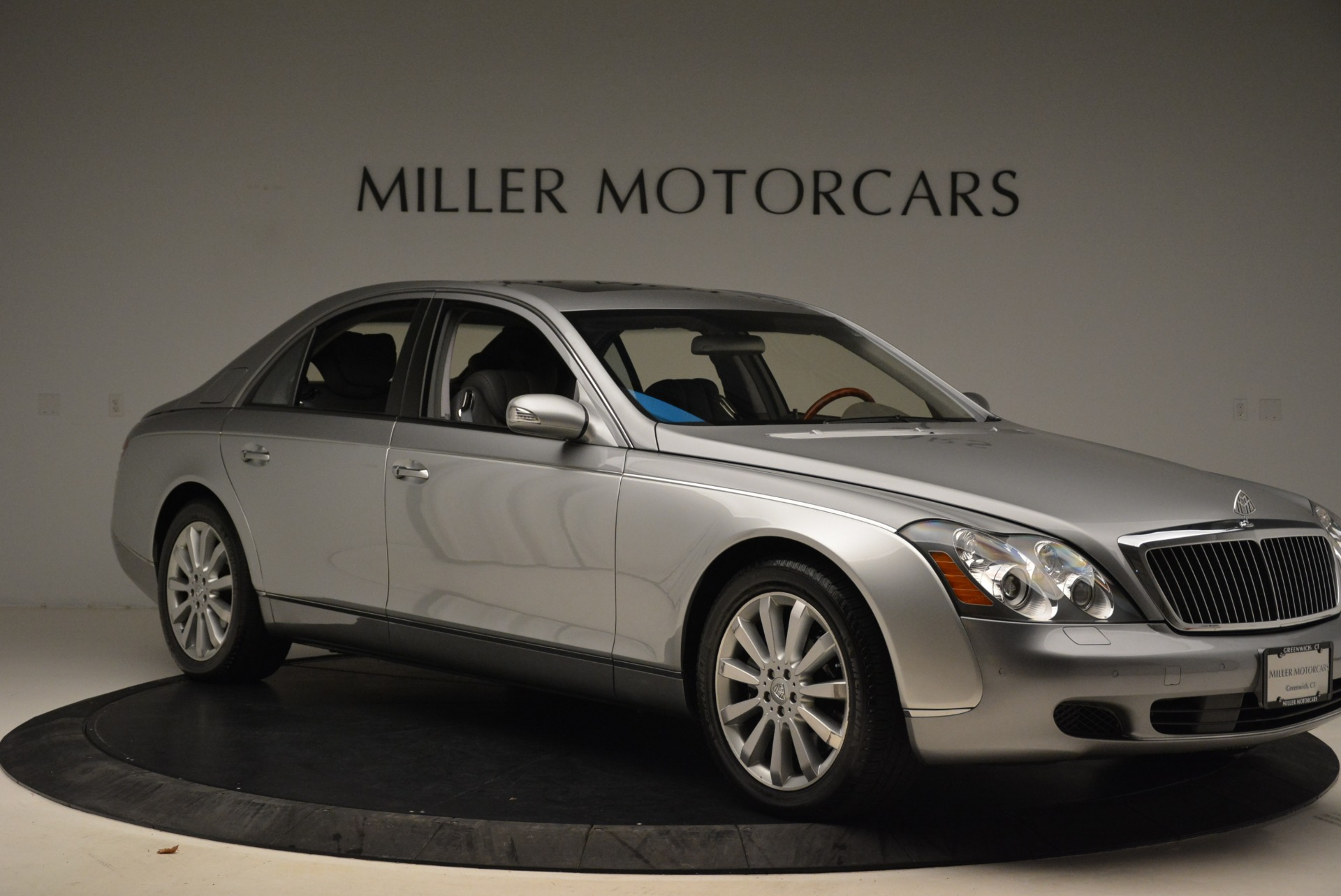 Used 2004 Maybach 57  For Sale In Westport, CT 2045_p10