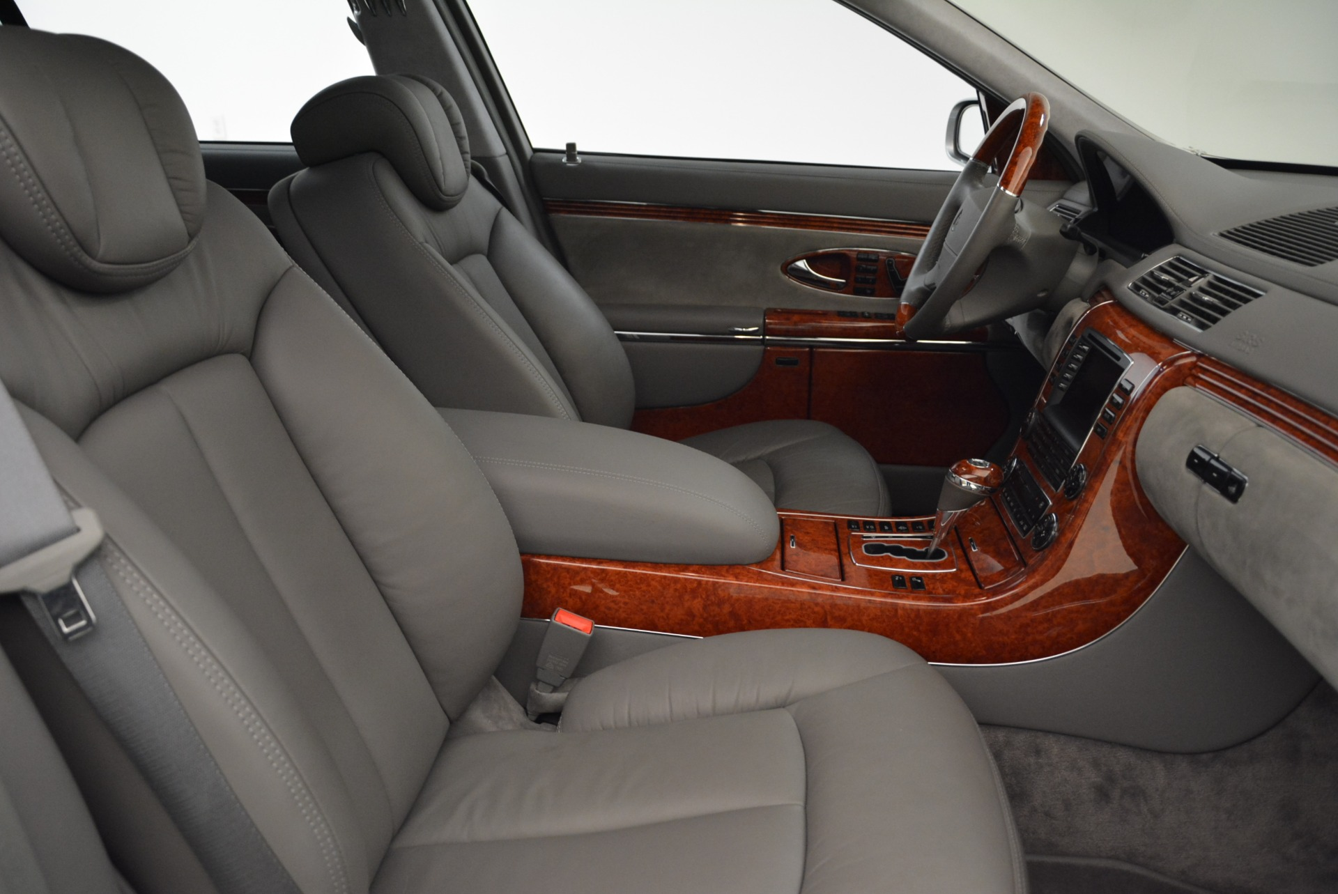 Used 2004 Maybach 57  For Sale In Westport, CT 2045_p27