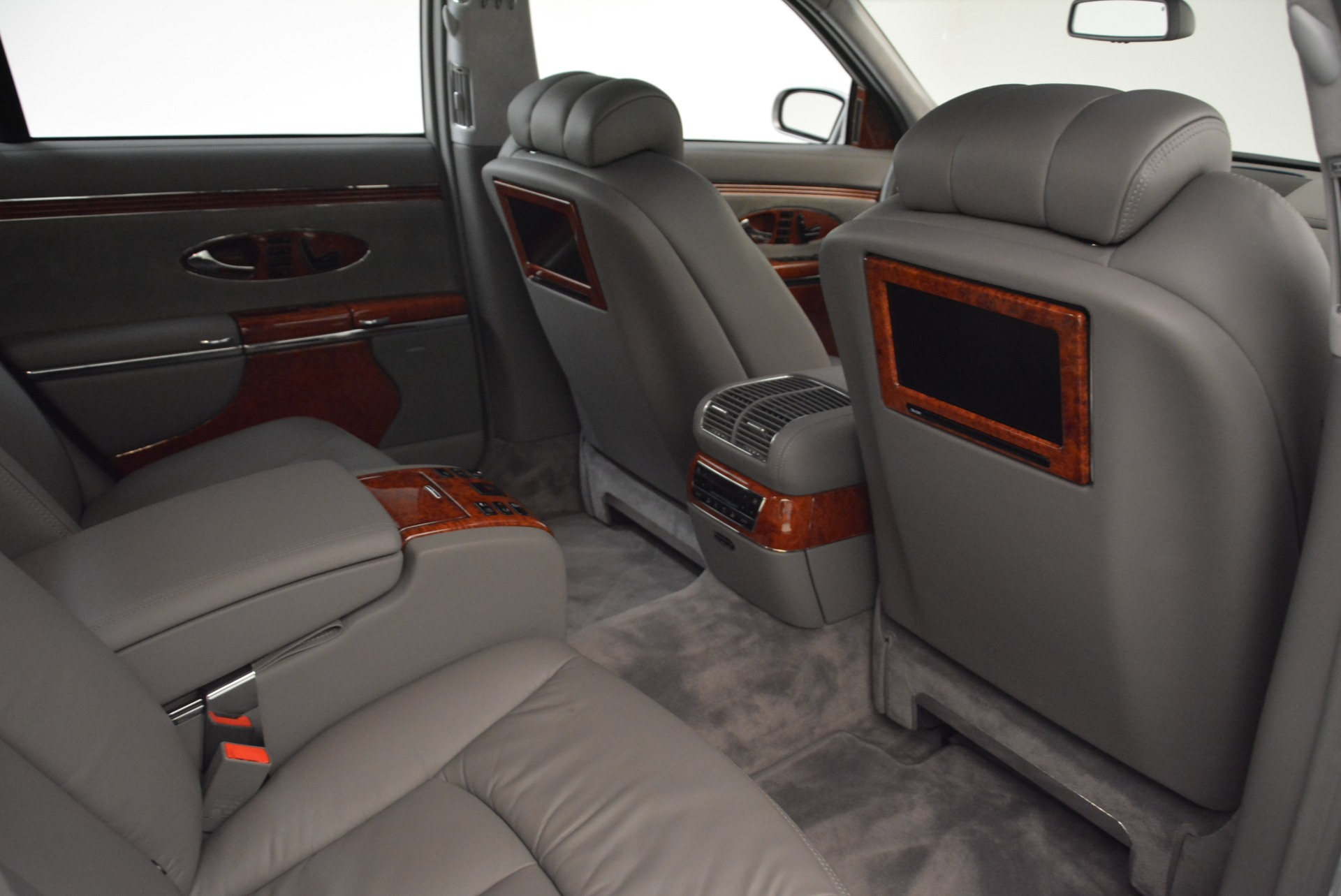 Used 2004 Maybach 57  For Sale In Westport, CT 2045_p29