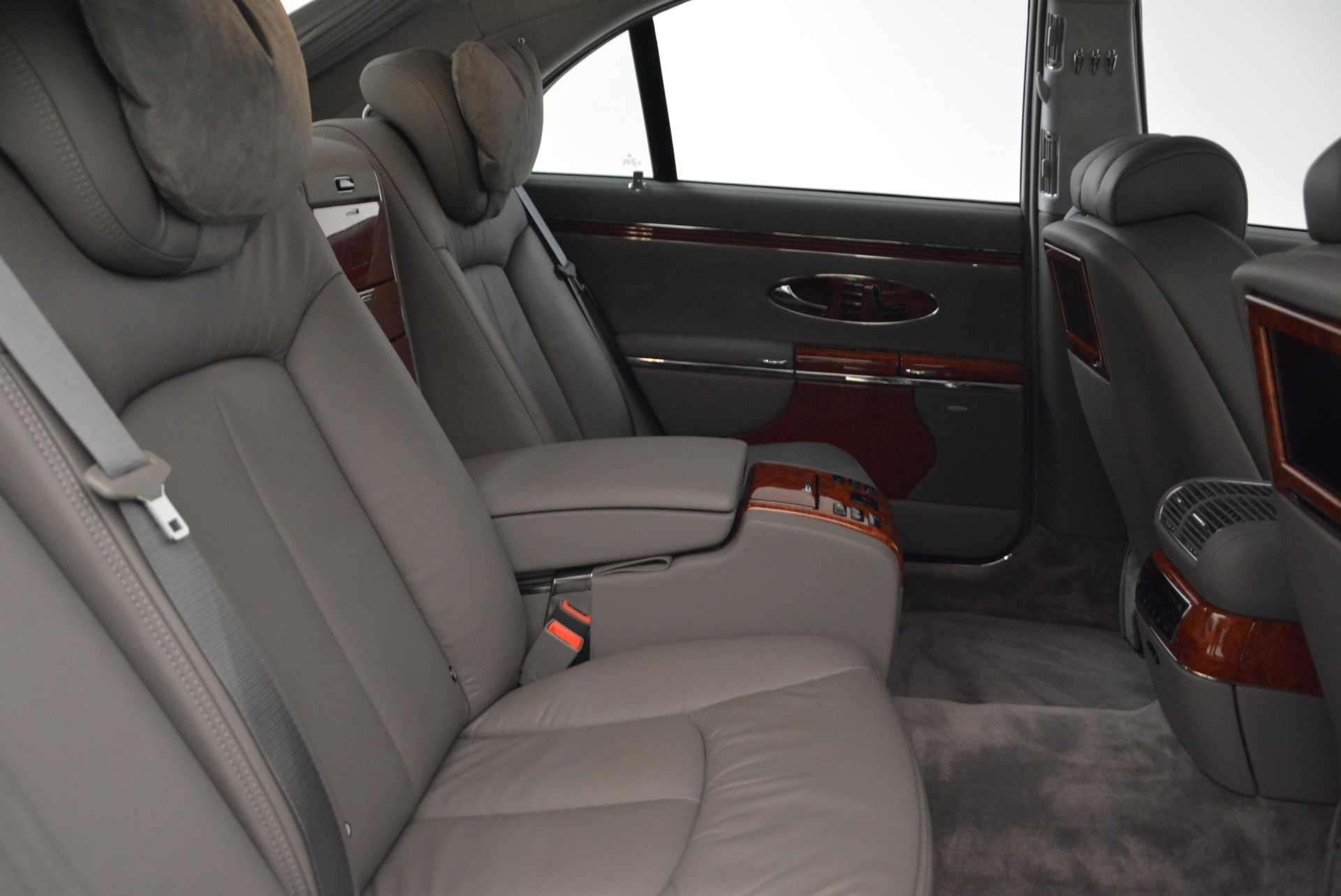 Used 2004 Maybach 57  For Sale In Westport, CT 2045_p32