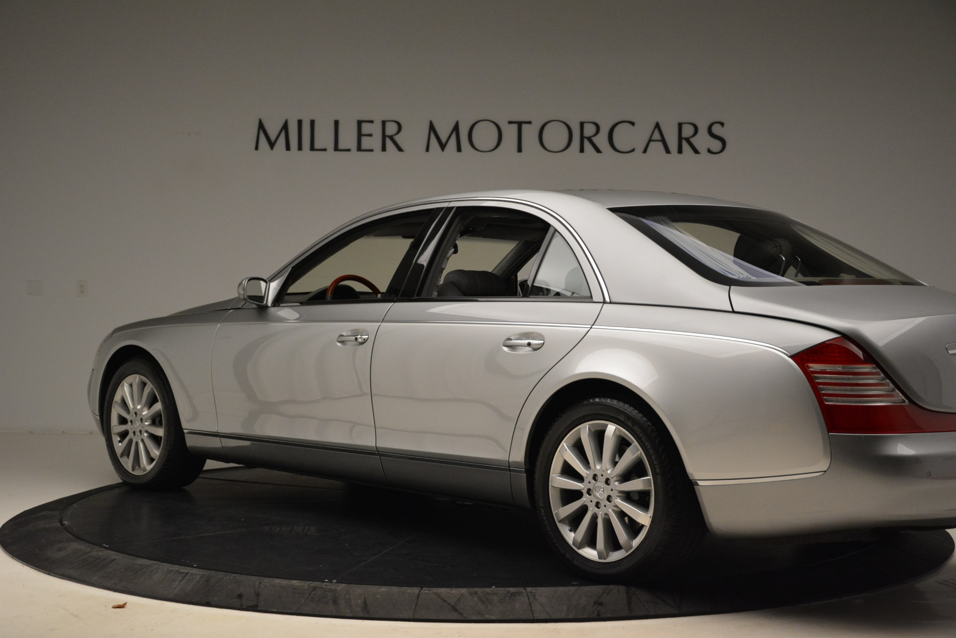 Used 2004 Maybach 57  For Sale In Westport, CT 2045_p4