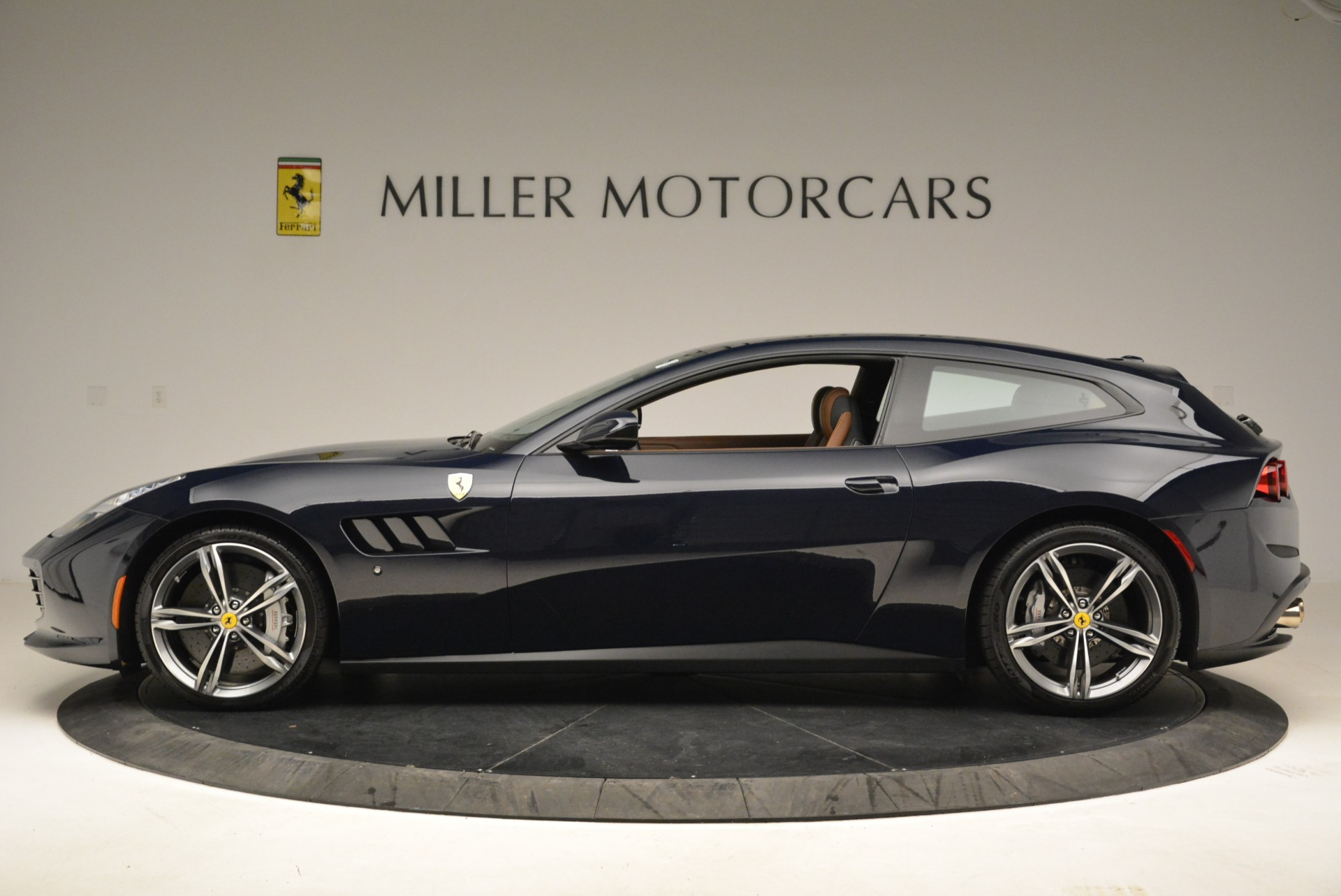 Used 2017 Ferrari GTC4Lusso  For Sale In Westport, CT 2047_p3