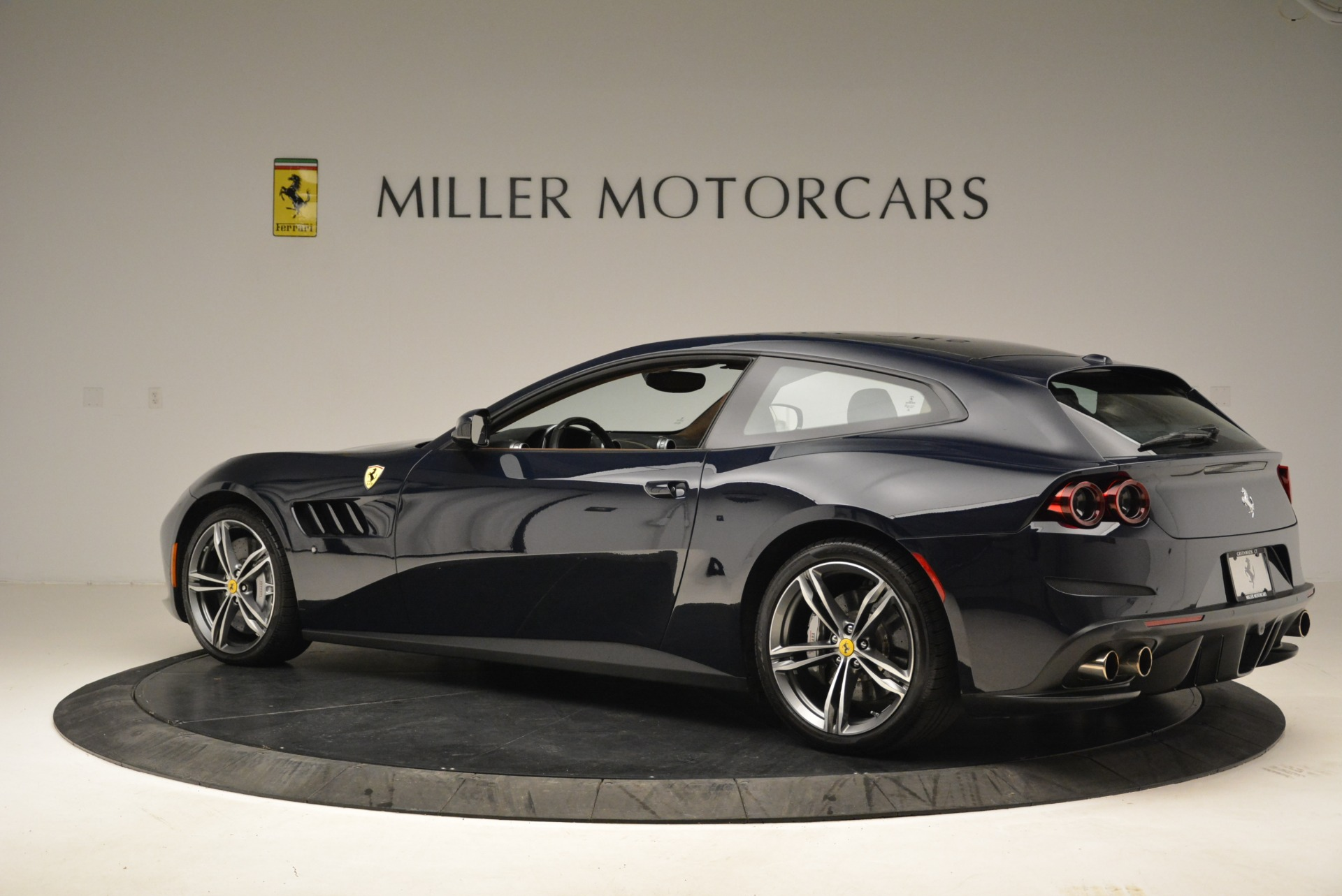 Used 2017 Ferrari GTC4Lusso  For Sale In Westport, CT 2047_p4