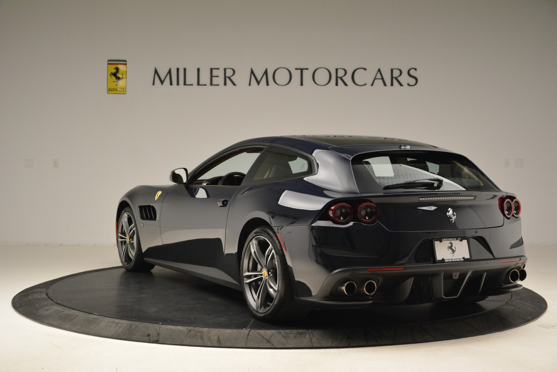 Used 2017 Ferrari GTC4Lusso  For Sale In Westport, CT 2047_p5