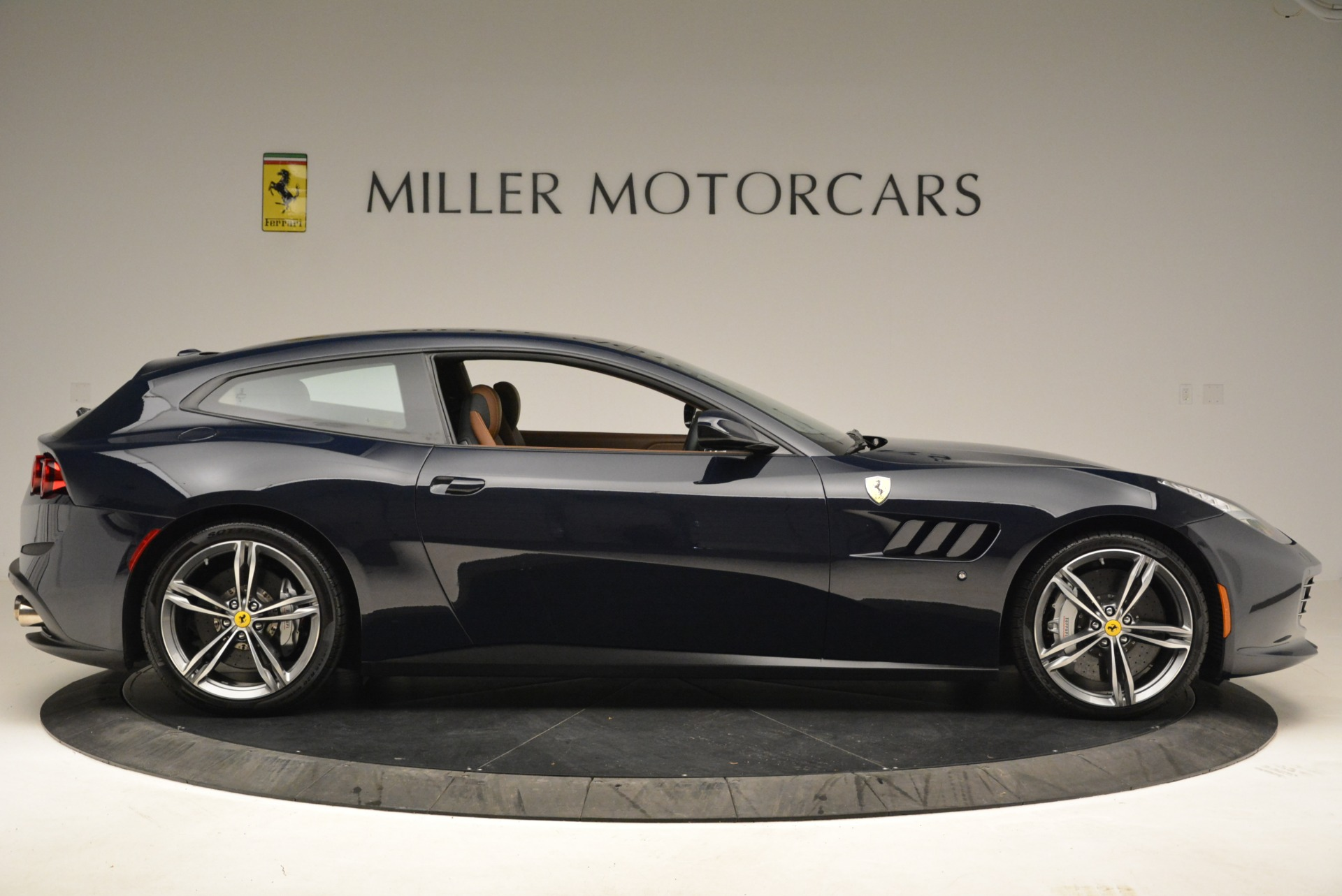 Used 2017 Ferrari GTC4Lusso  For Sale In Westport, CT 2047_p9