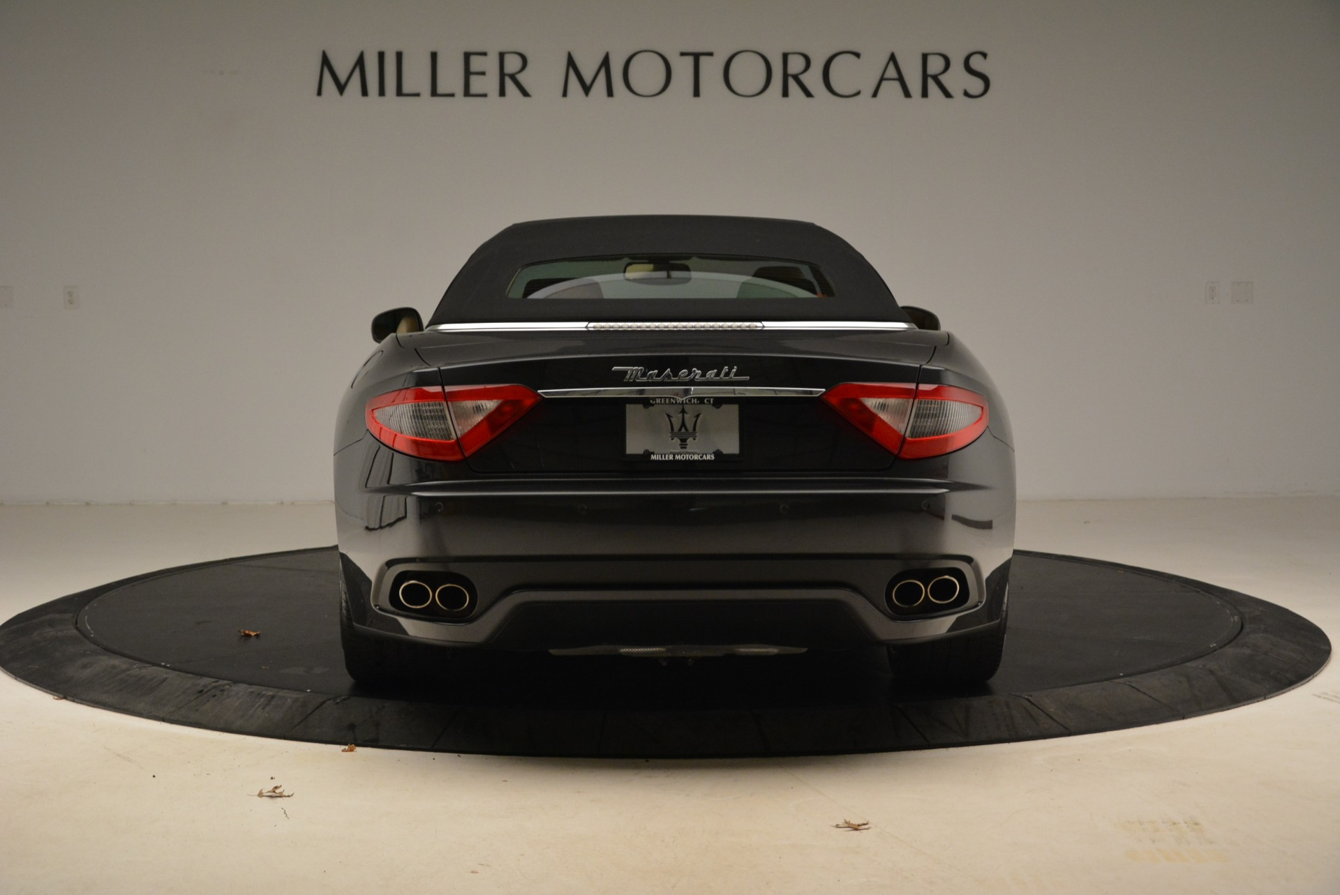 Used 2013 Maserati GranTurismo Convertible  For Sale In Westport, CT 2050_p18