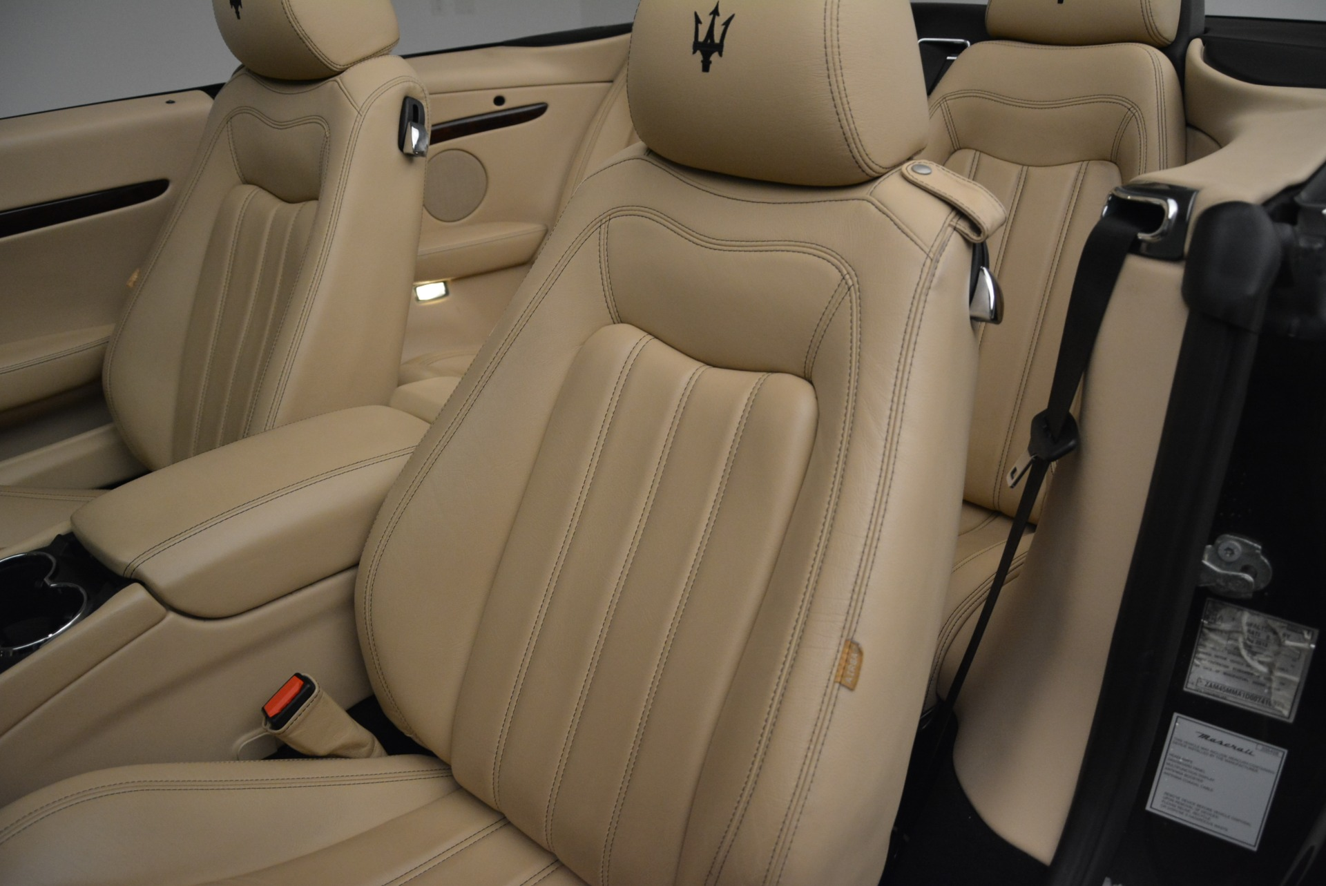 Used 2013 Maserati GranTurismo Convertible  For Sale In Westport, CT 2050_p27
