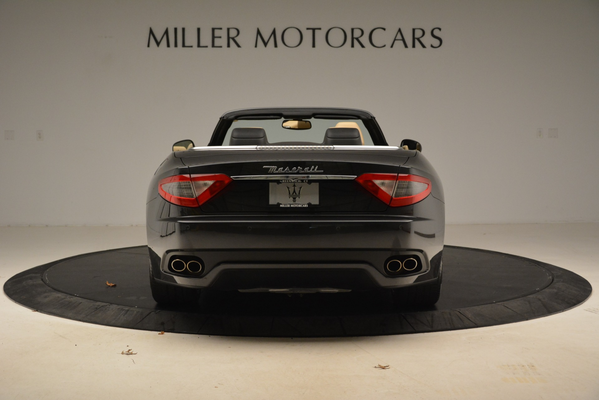 Used 2013 Maserati GranTurismo Convertible  For Sale In Westport, CT 2050_p6