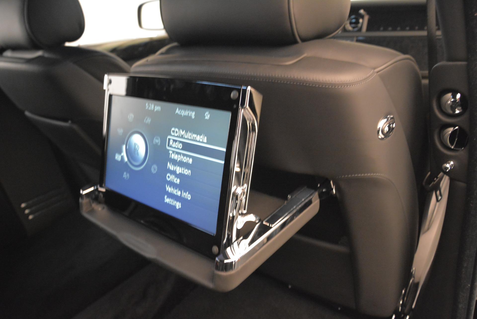 Used 2014 Rolls-Royce Phantom EWB For Sale In Westport, CT 2051_p16