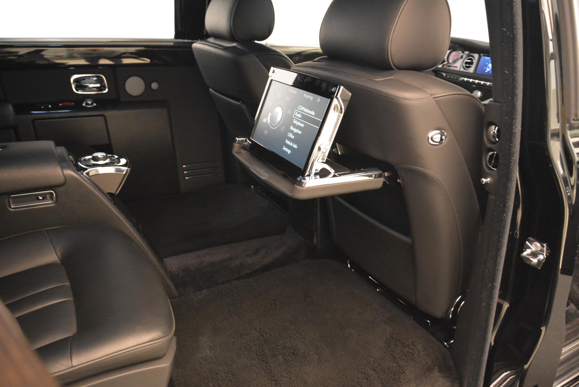 Used 2014 Rolls-Royce Phantom EWB For Sale In Westport, CT 2051_p17