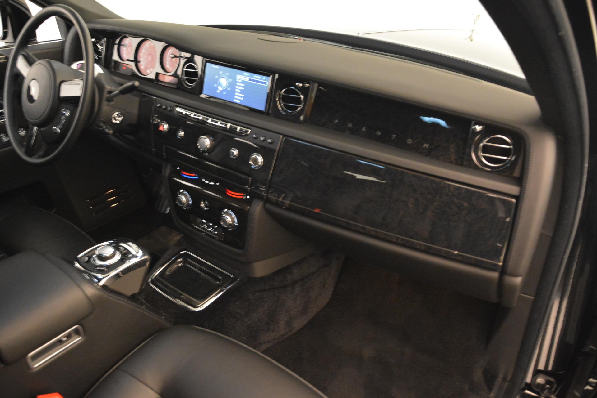 Used 2014 Rolls-Royce Phantom EWB For Sale In Westport, CT 2051_p25
