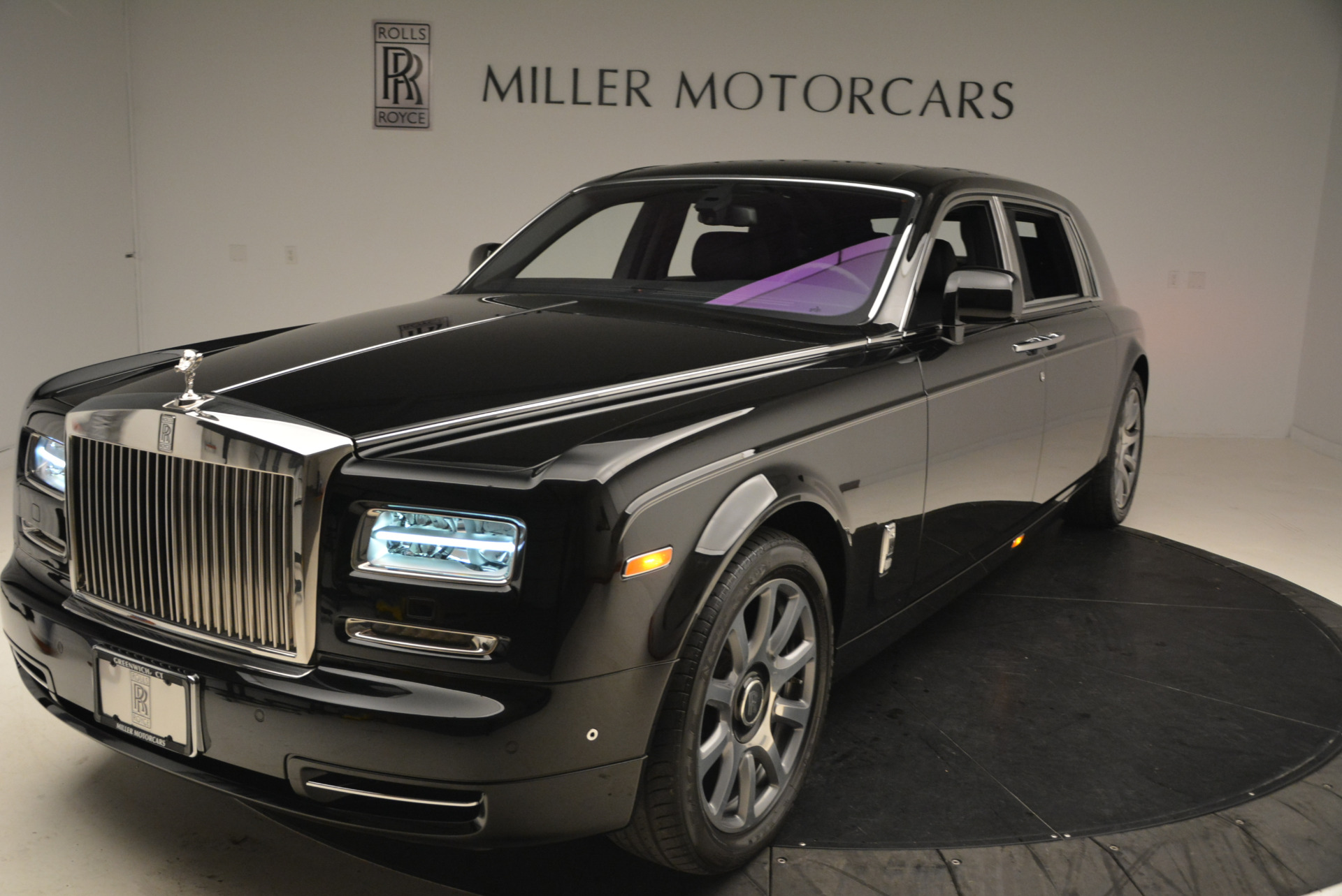 Used 2014 Rolls-Royce Phantom EWB For Sale In Westport, CT 2051_p2