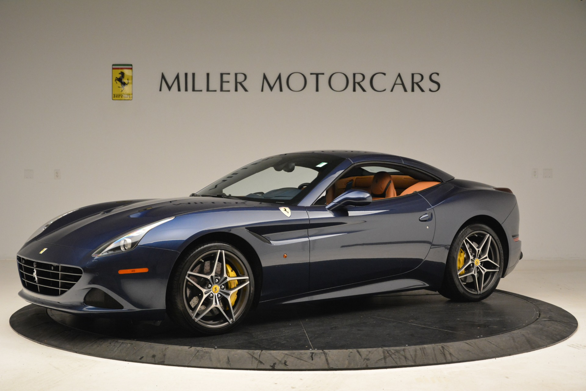 Used 2017 Ferrari California T Handling Speciale For Sale In Westport, CT 2052_p14
