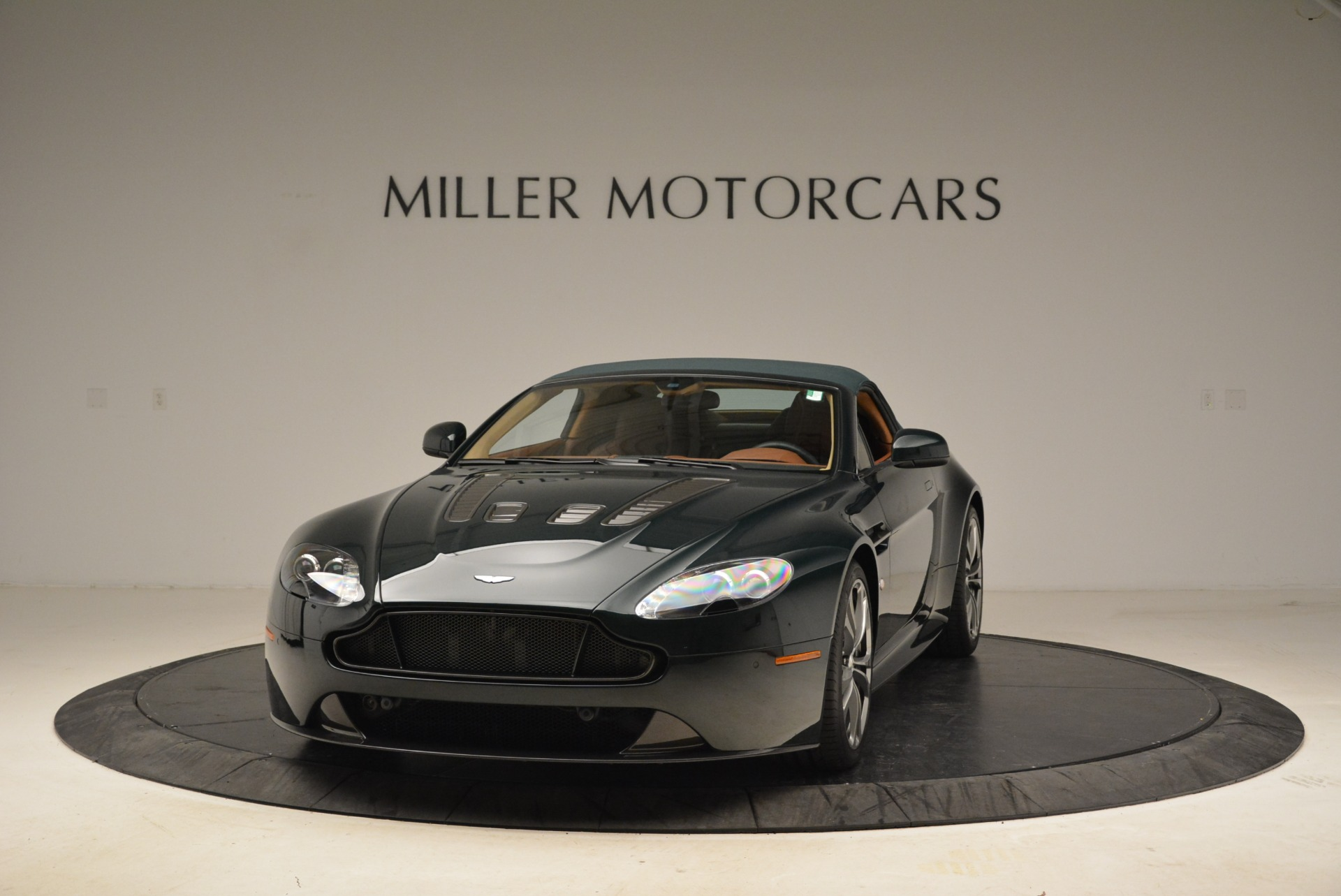 Used 2017 Aston Martin V12 Vantage S Roadster For Sale In Westport, CT 2055_p13