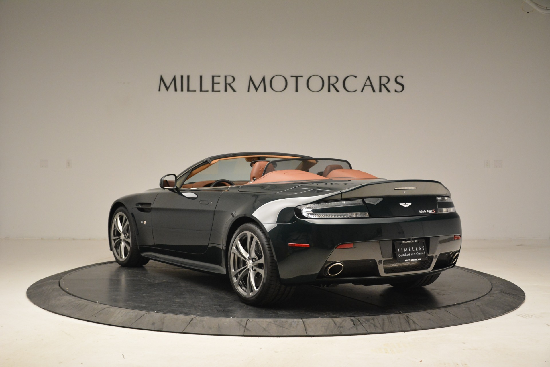 Used 2017 Aston Martin V12 Vantage S Roadster For Sale In Westport, CT 2055_p5