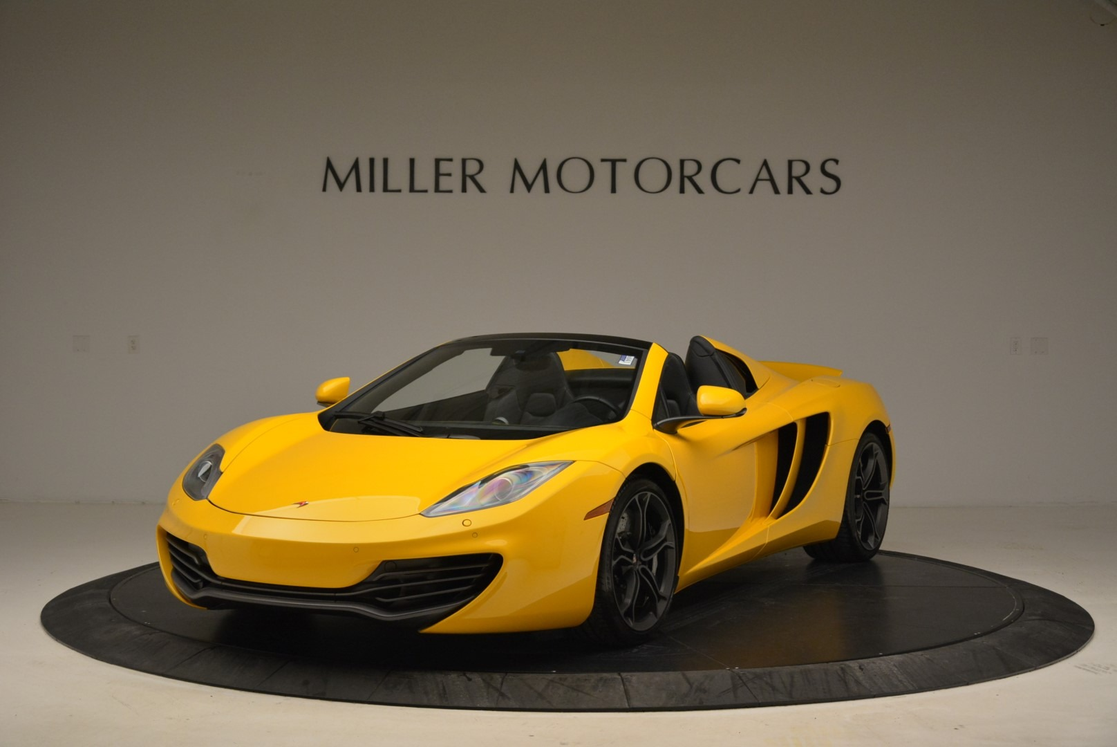 Used 2014 McLaren MP4-12C Spider For Sale In Westport, CT 2057_main