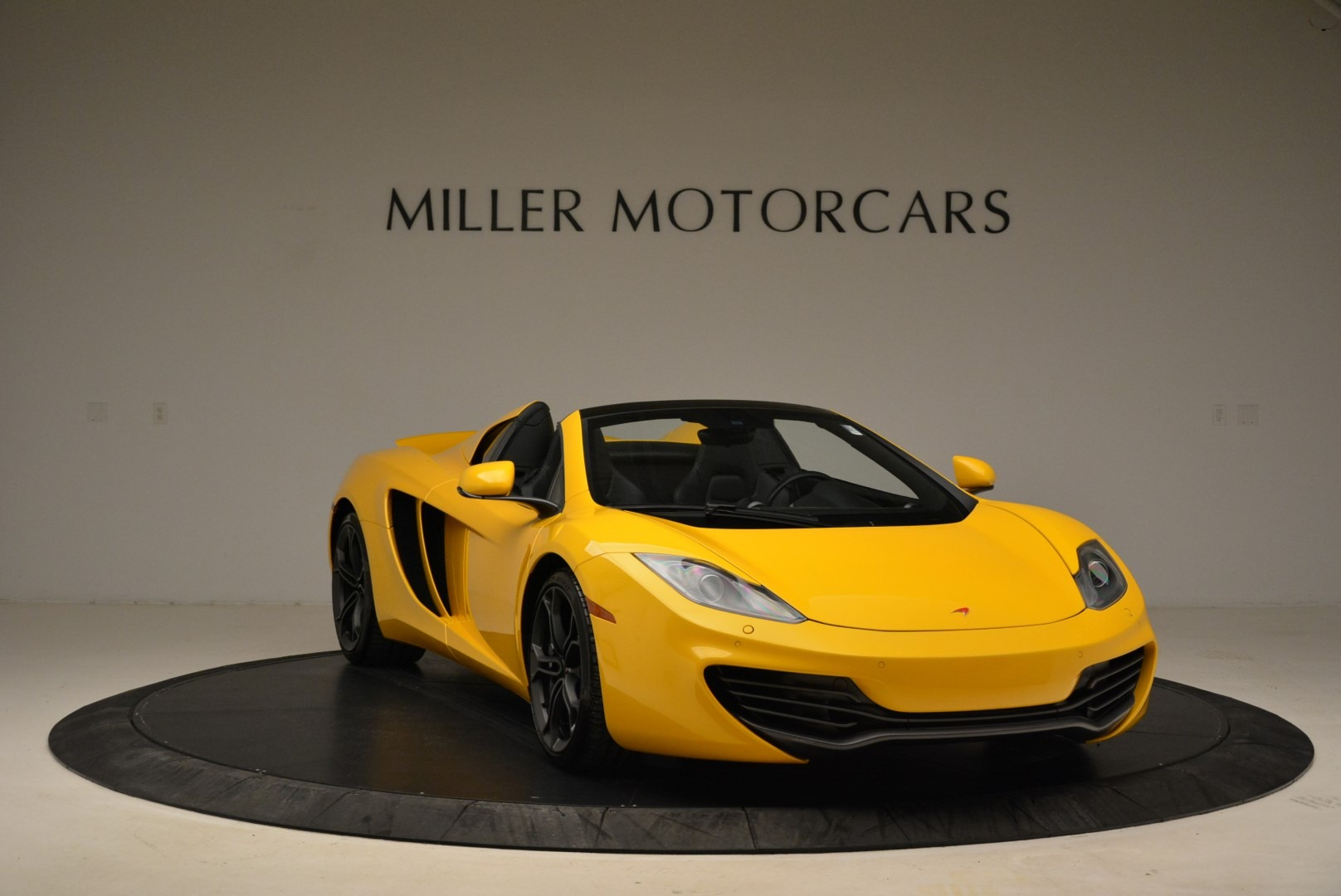 Used 2014 McLaren MP4-12C Spider For Sale In Westport, CT 2057_p11
