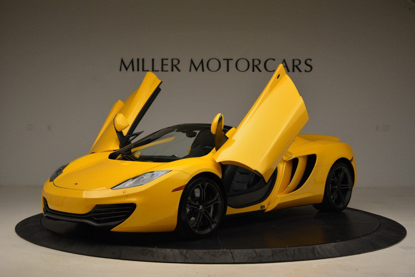 Used 2014 McLaren MP4-12C Spider For Sale In Westport, CT 2057_p14