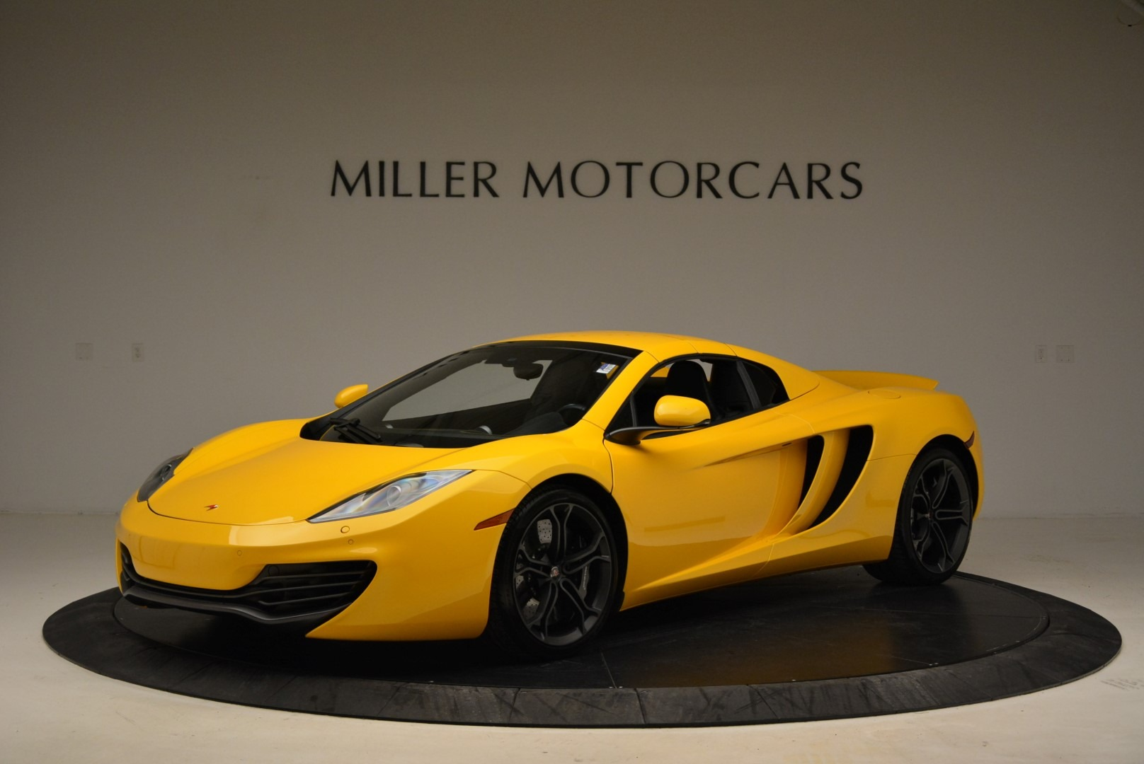 Used 2014 McLaren MP4-12C Spider For Sale In Westport, CT 2057_p15