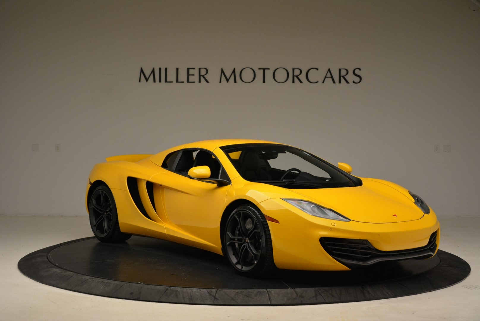 Used 2014 McLaren MP4-12C Spider For Sale In Westport, CT 2057_p21