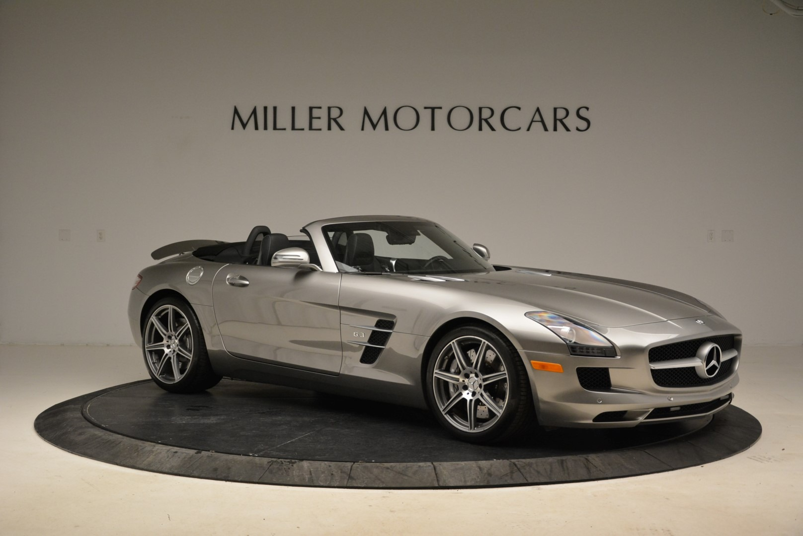 Used 2012 Mercedes-Benz SLS AMG  For Sale In Westport, CT 2068_p10