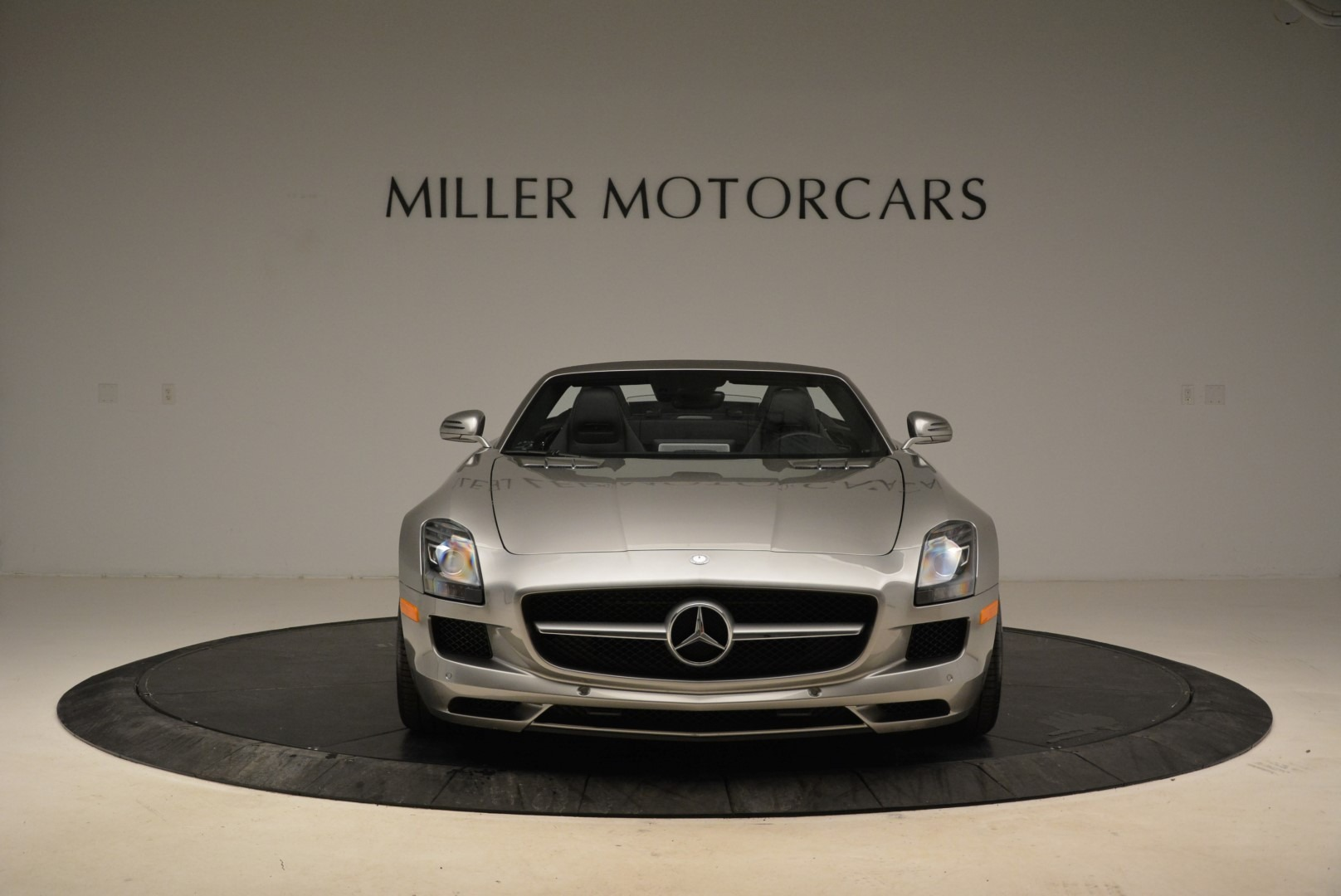 Used 2012 Mercedes-Benz SLS AMG  For Sale In Westport, CT 2068_p12