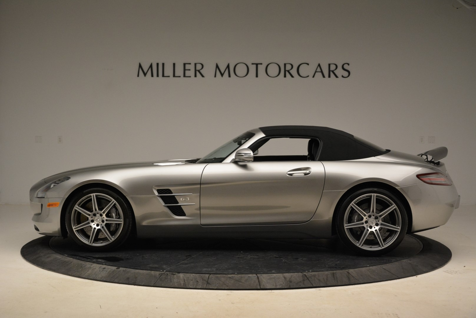 Used 2012 Mercedes-Benz SLS AMG  For Sale In Westport, CT 2068_p14