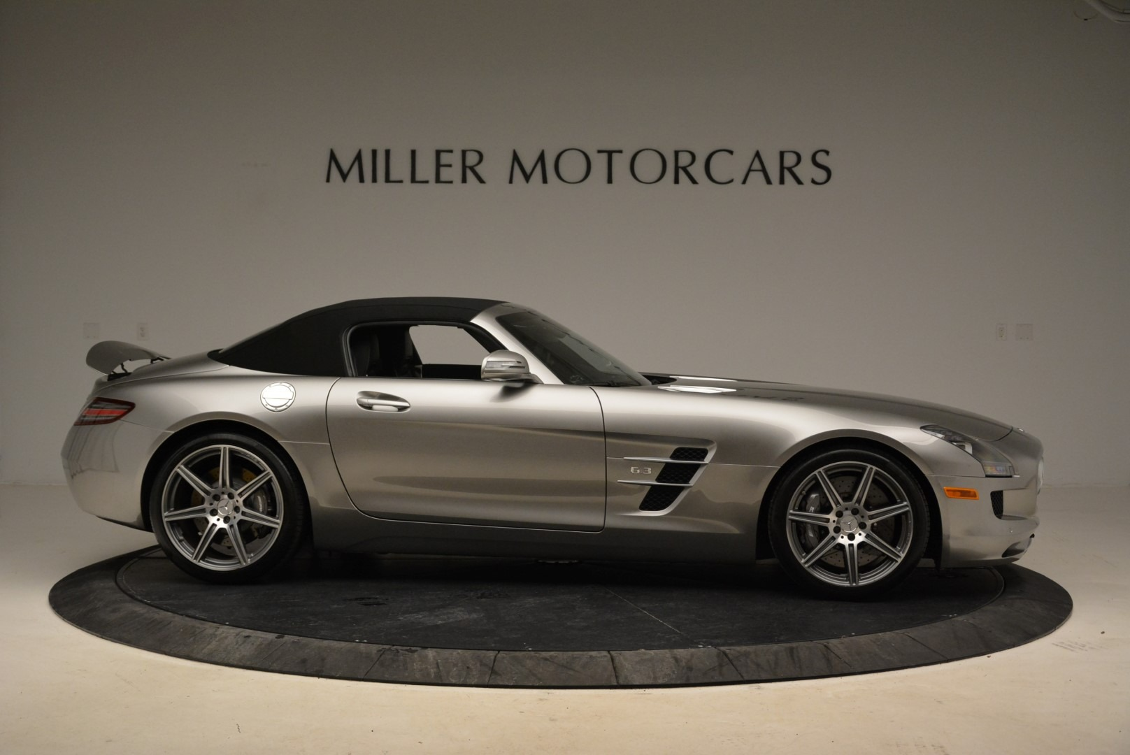 Used 2012 Mercedes-Benz SLS AMG  For Sale In Westport, CT 2068_p18