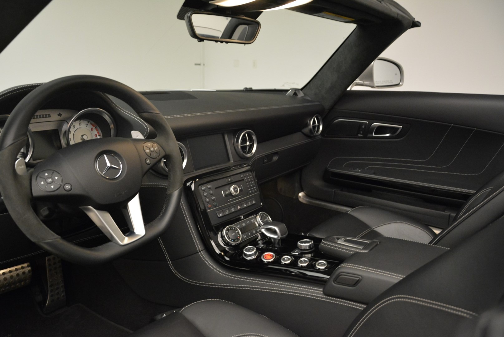 Used 2012 Mercedes-Benz SLS AMG  For Sale In Westport, CT 2068_p23
