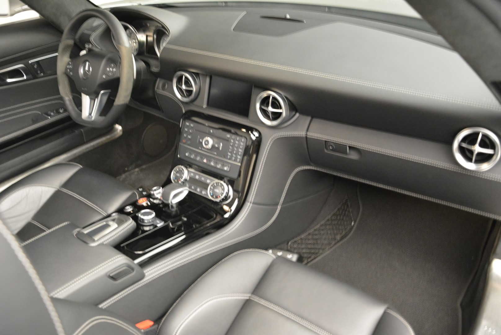 Used 2012 Mercedes-Benz SLS AMG  For Sale In Westport, CT 2068_p26