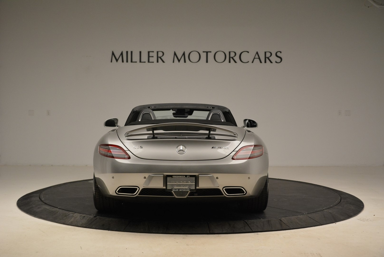 Used 2012 Mercedes-Benz SLS AMG  For Sale In Westport, CT 2068_p6