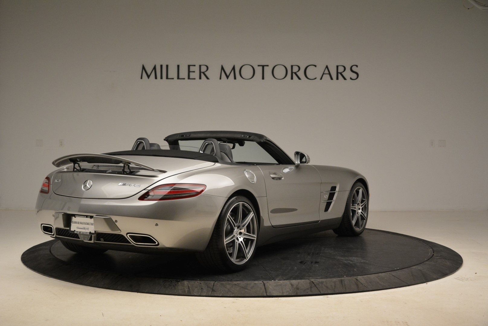 Used 2012 Mercedes-Benz SLS AMG  For Sale In Westport, CT 2068_p7