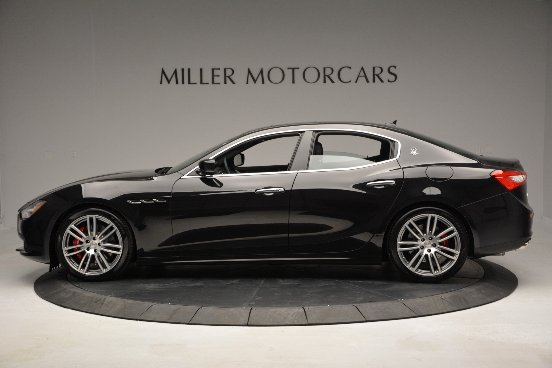Used 2015 Maserati Ghibli S Q4 For Sale In Westport, CT 2070_p3