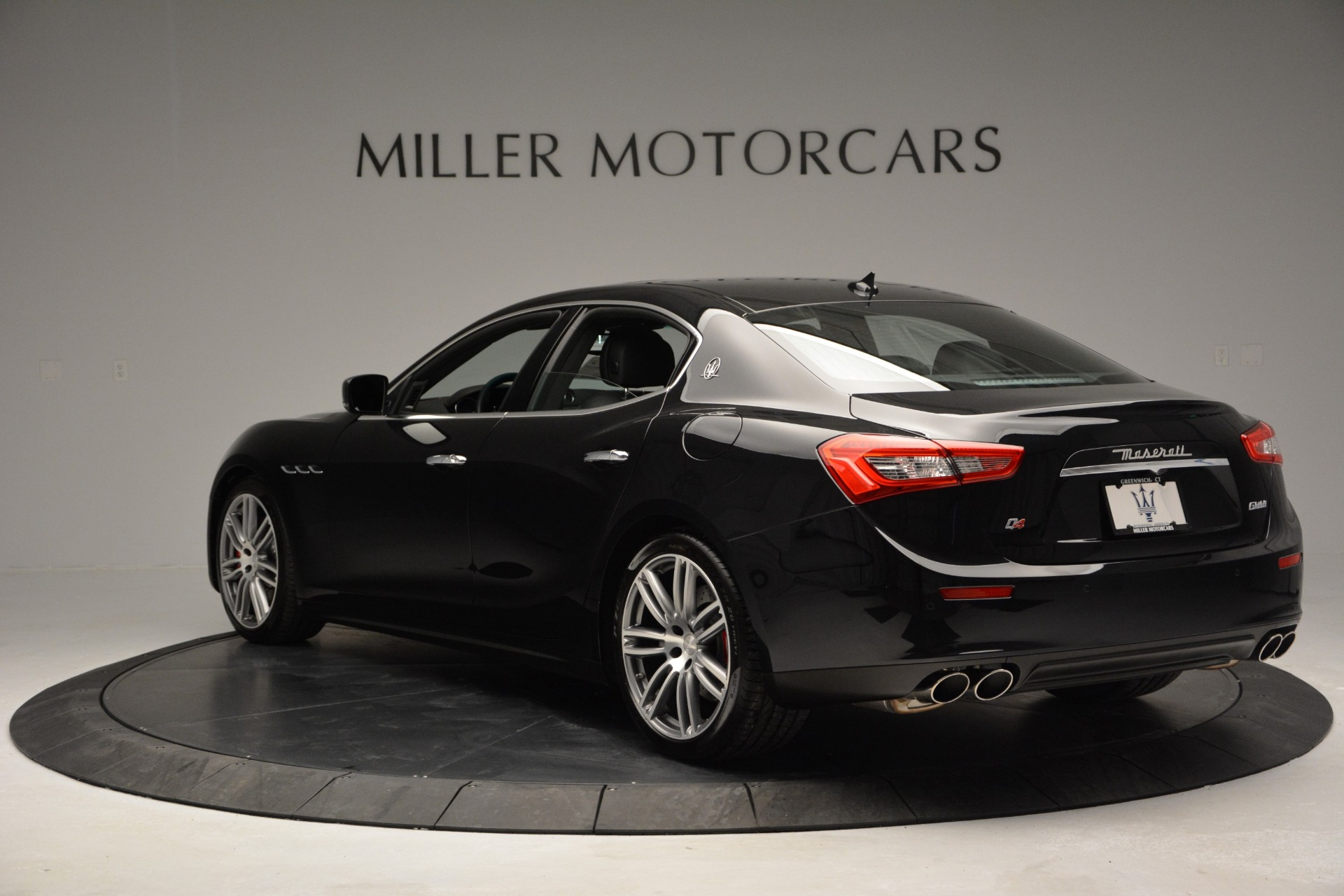 Used 2015 Maserati Ghibli S Q4 For Sale In Westport, CT 2070_p5