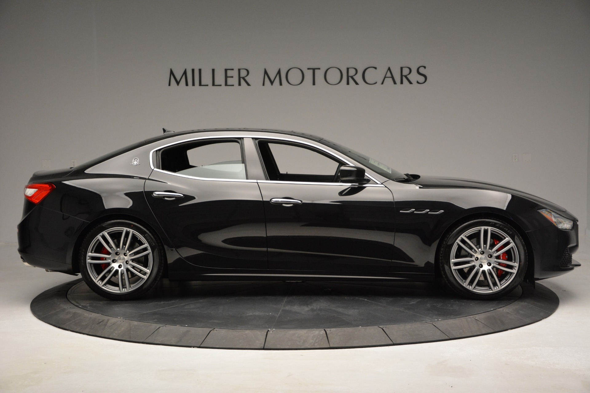 Used 2015 Maserati Ghibli S Q4 For Sale In Westport, CT 2070_p9