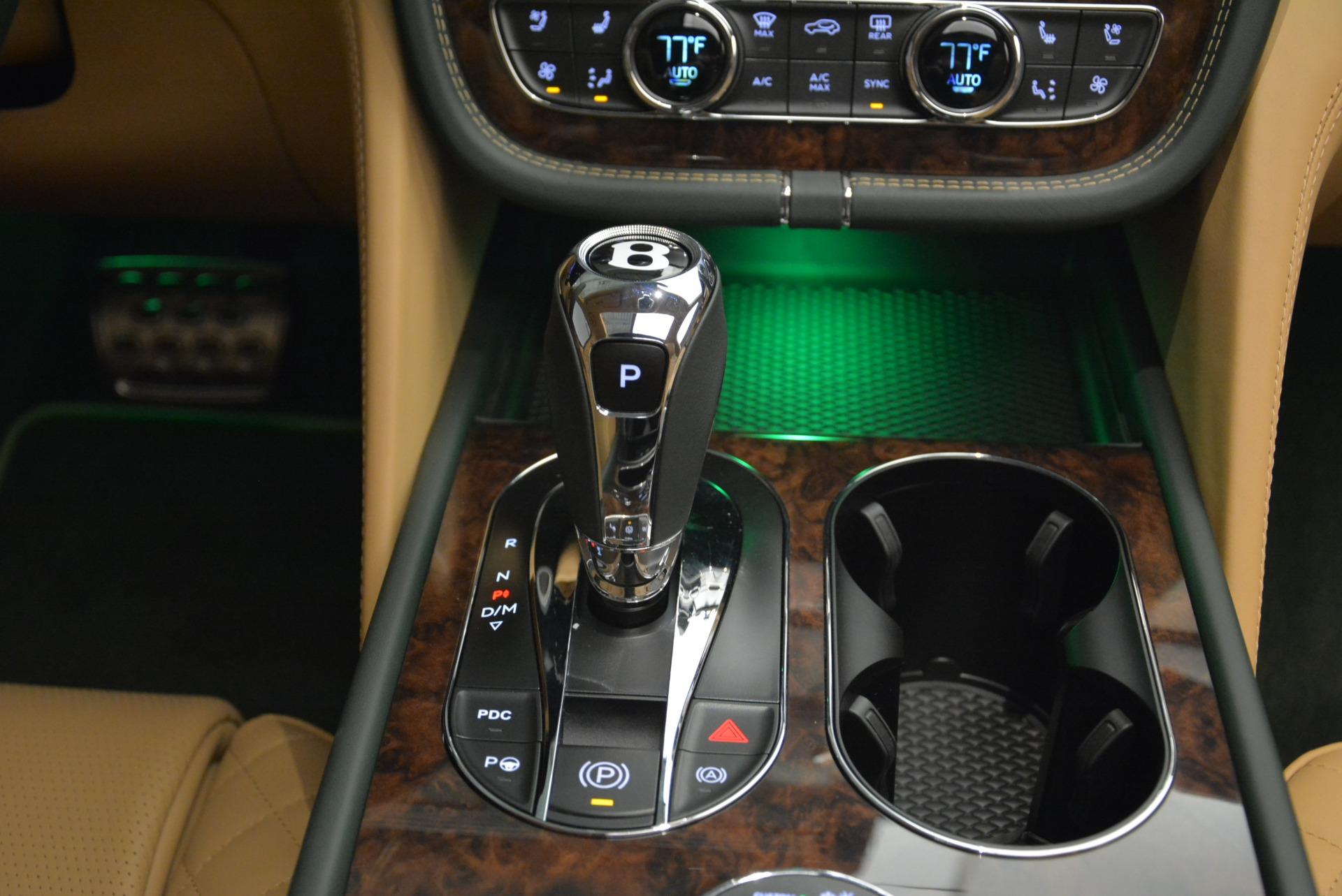 New 2018 Bentley Bentayga Signature For Sale In Westport, CT 2072_p47