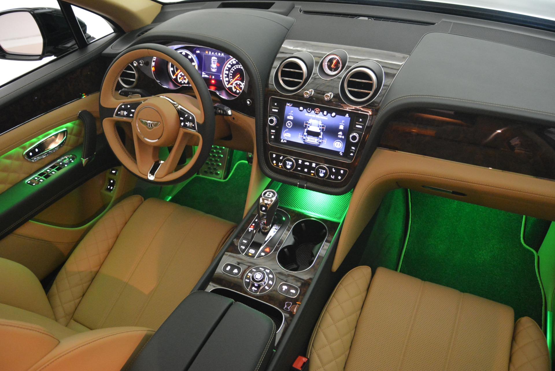 New 2018 Bentley Bentayga Signature For Sale In Westport, CT 2072_p49