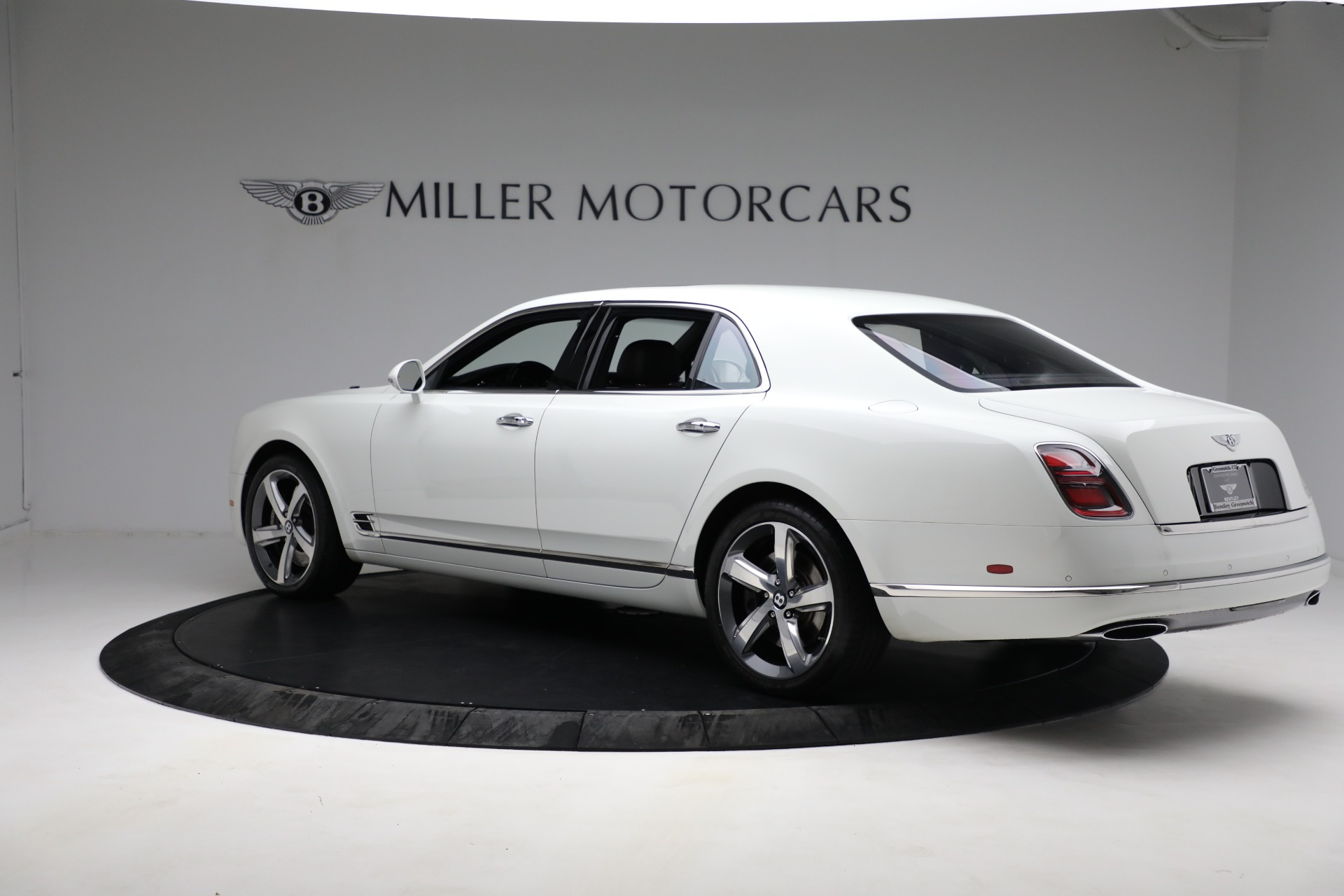 Used 2018 Bentley Mulsanne Speed For Sale In Westport, CT 2075_p3