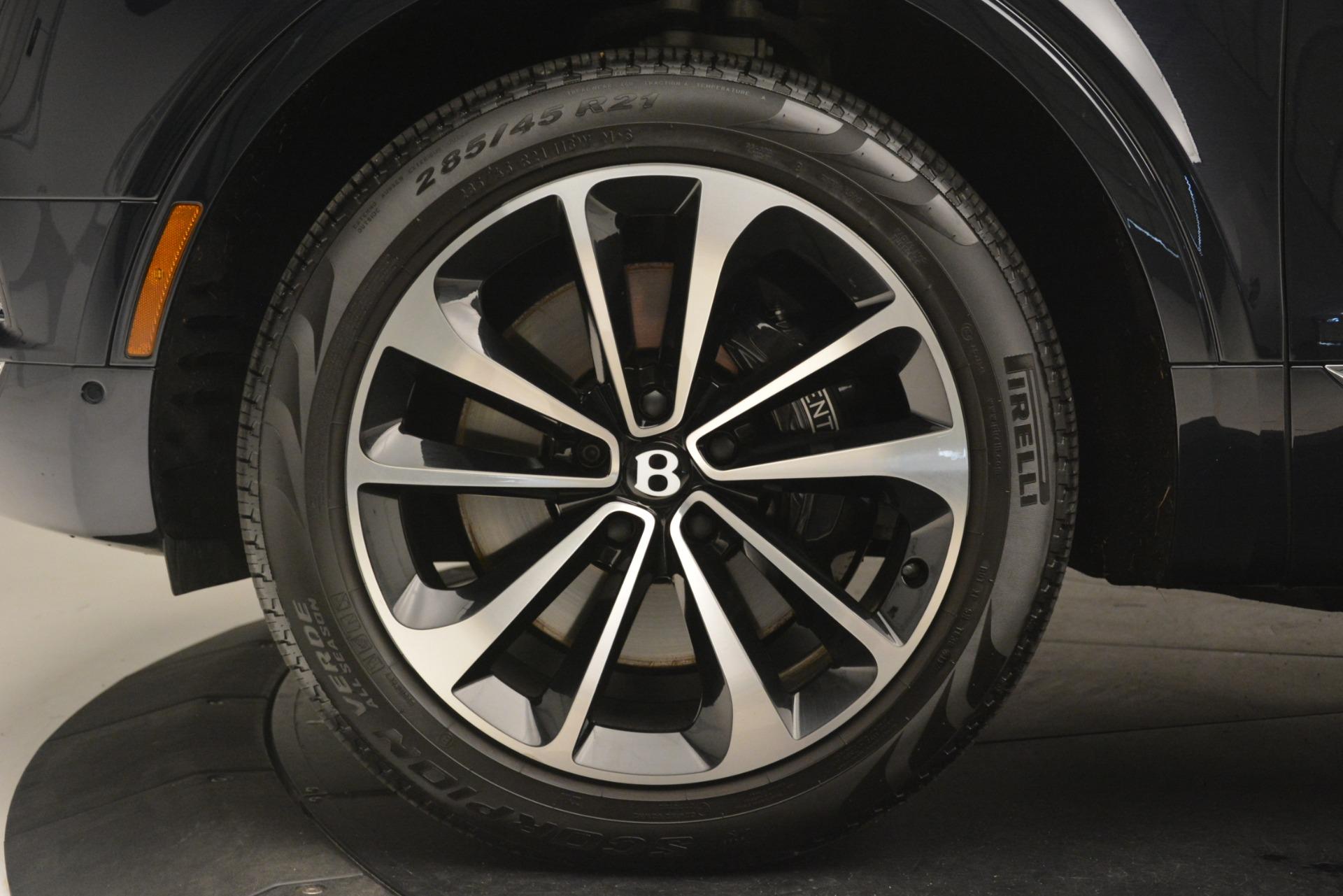 Used 2018 Bentley Bentayga Signature For Sale In Westport, CT 2076_p15