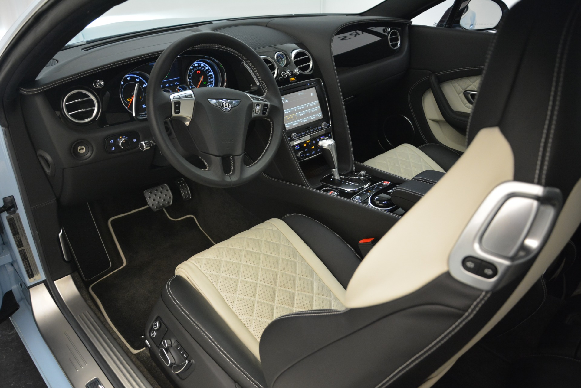Used 2016 Bentley Continental GT V8 S For Sale In Westport, CT 2077_p20