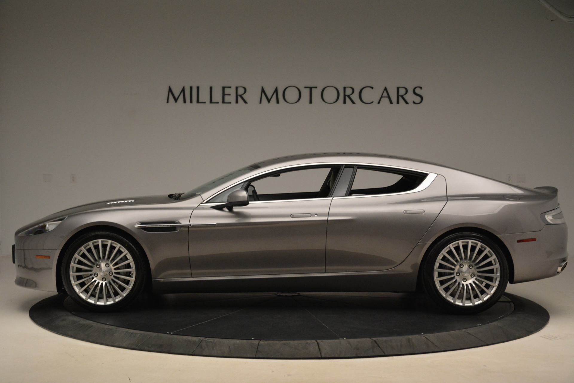 Used 2014 Aston Martin Rapide S  For Sale In Westport, CT 2079_p3
